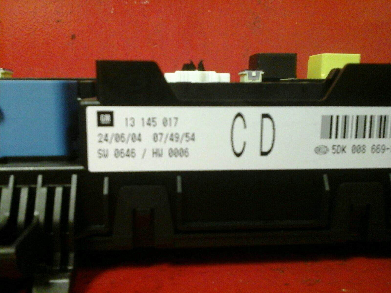 Vauxhall Astra H Mk5 Zafira B Rear Electric Control Rec Fuse Box Where Is Cd 04 10