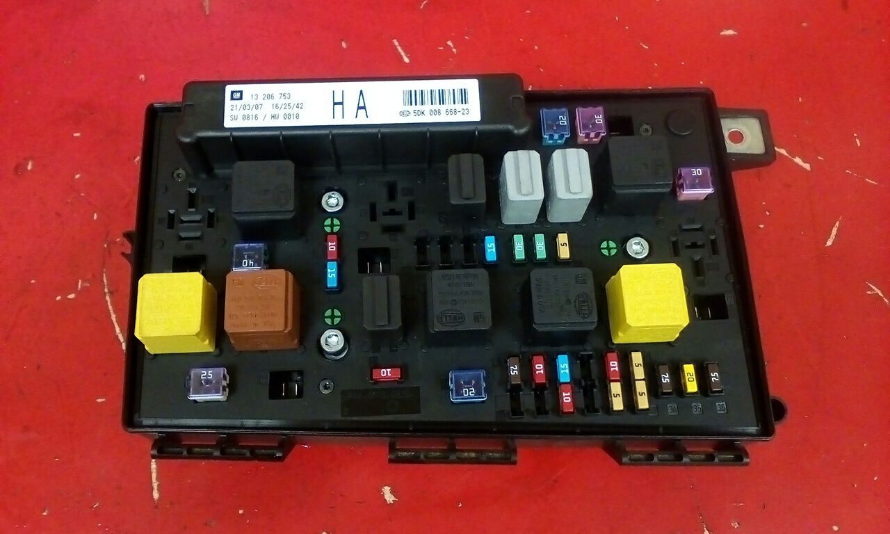 Fuse Box Astra Mk5 : Fuse box for astra mk wiring library
