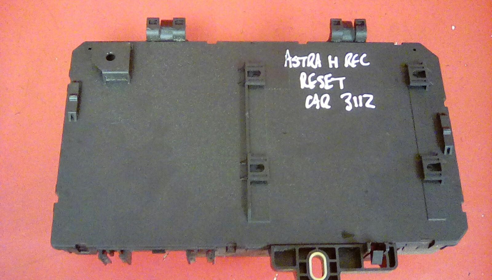 VAUXHALL ASTRA MK5 H + ZAFIRA B REAR ELECTRIC CONTROL REC FUSE BOX DP 04-10
