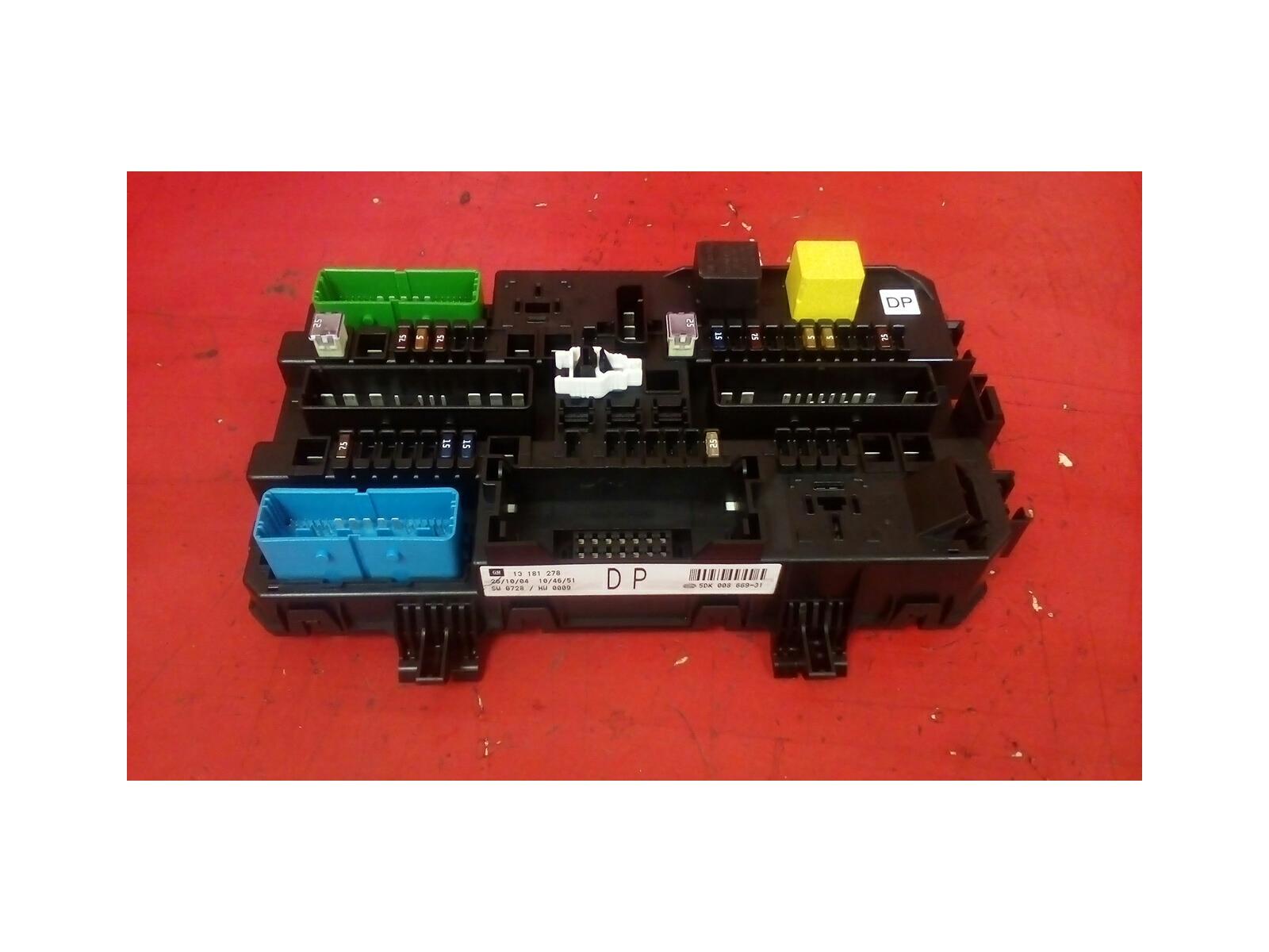 VAUXHALL ASTRA MK5 H + ZAFIRA B REAR ELECTRIC DP CONTROL REC FUSE BOX 04-10