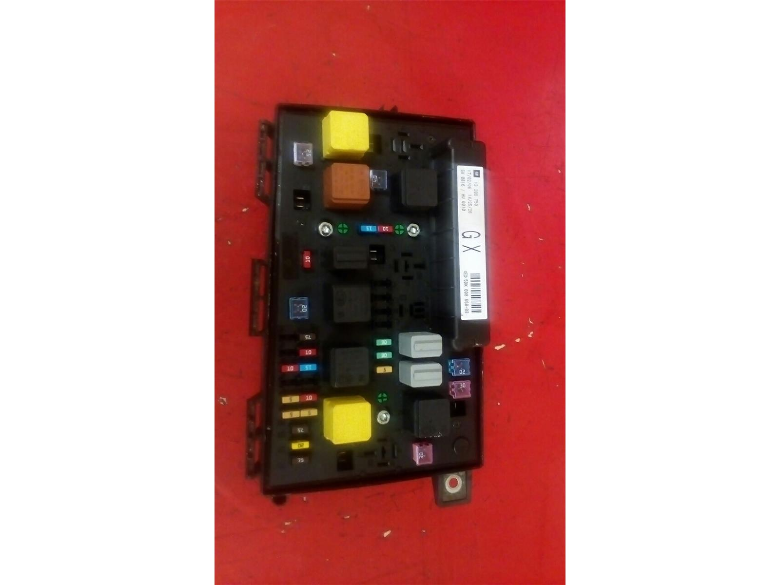 Vauxhall Astra H Mk5 Front Bcm Electric Control Gx Uec Fuse Box 2004 Where Is 2010