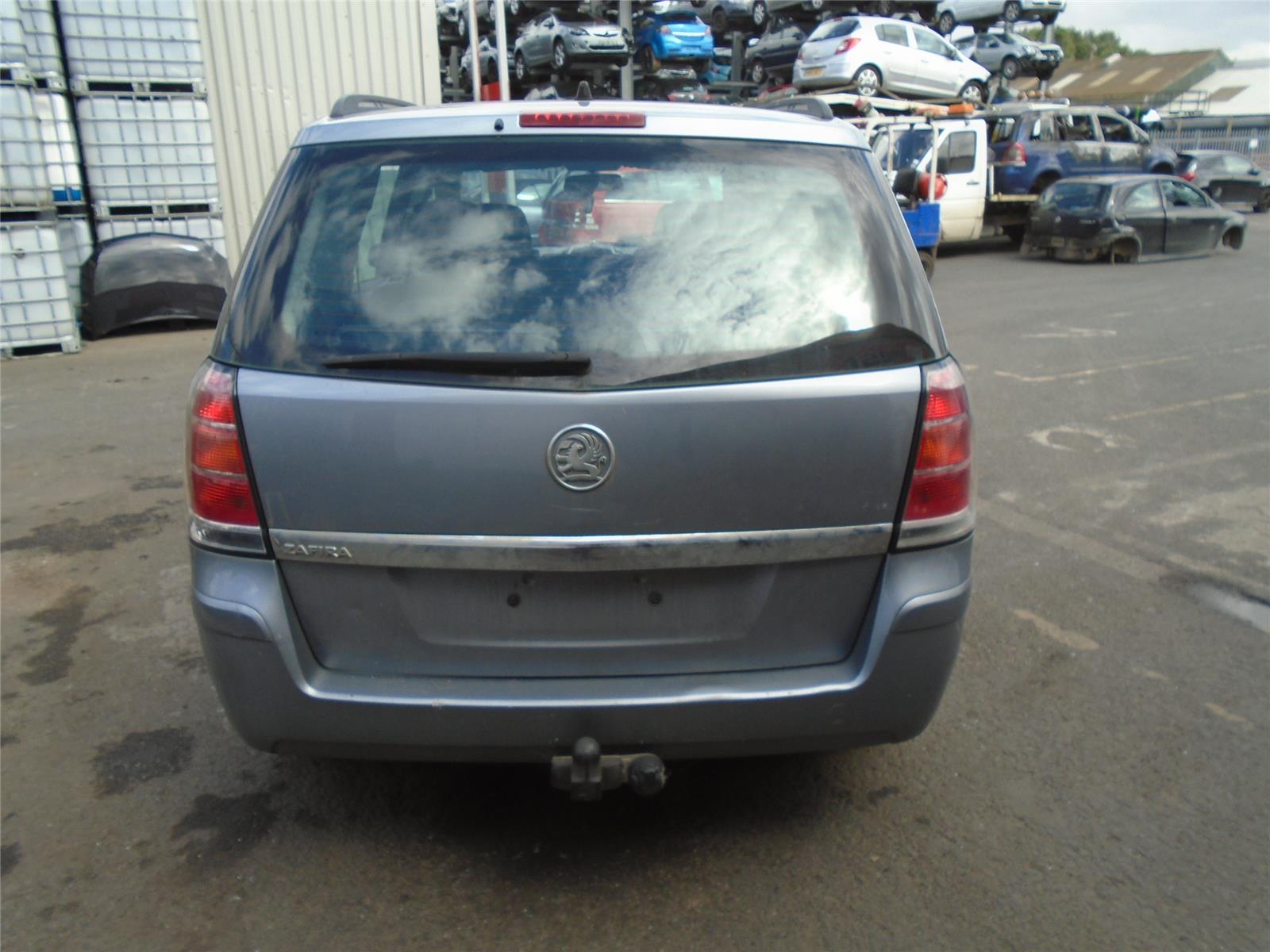 2005 Vauxhall Zafira Club 16v Petrol Mpv Multi Purpose Vehicle 5