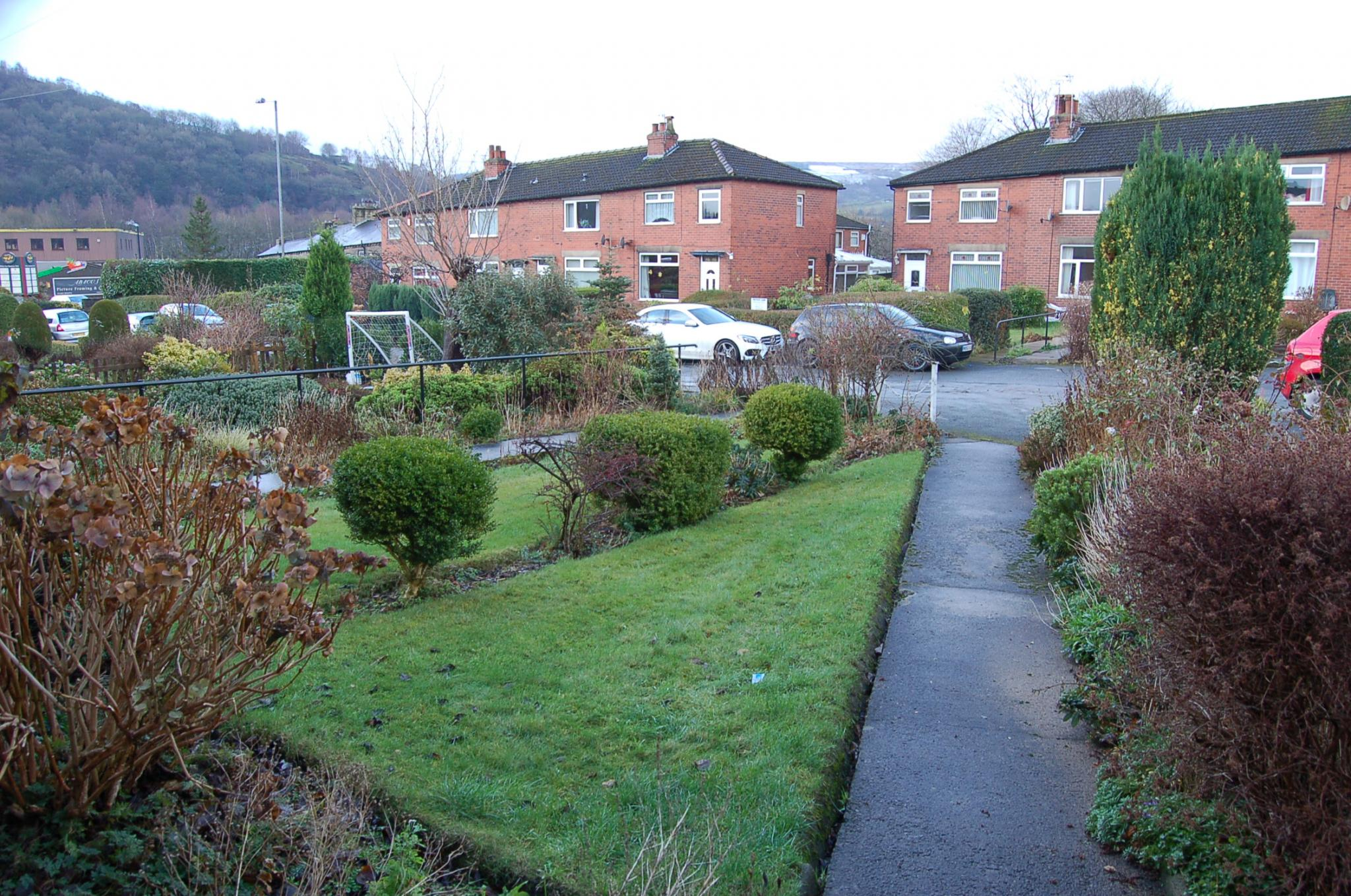 3 bedroom end terraced house To Let in Hebden Bridge - Property photograph