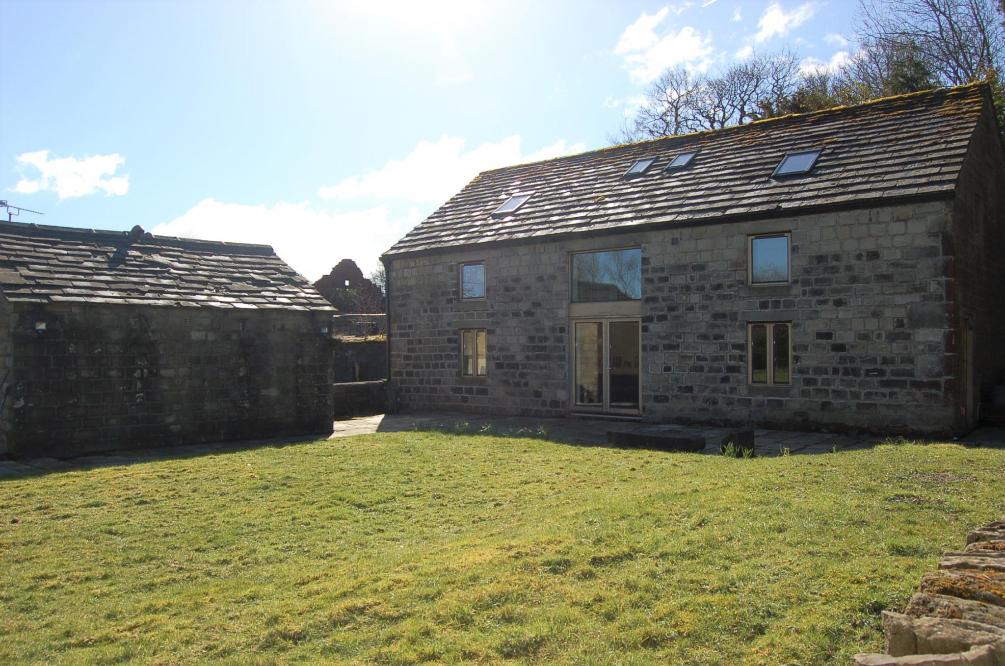 4 bedroom barn character property For Sale in Hebden Bridge - Property photograph