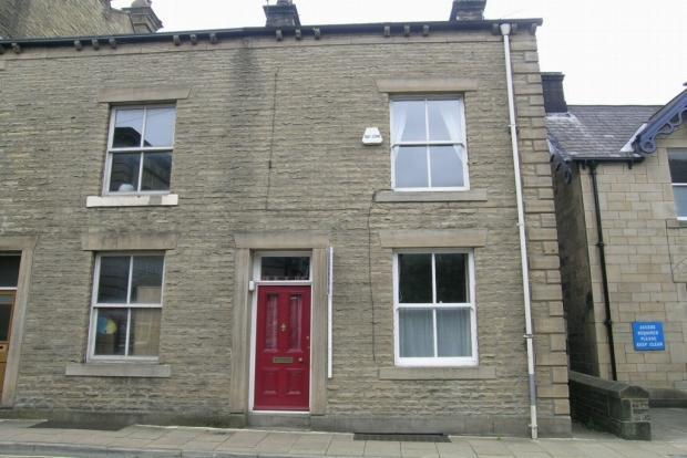 3 bedroom semi-detached house For Sale in Hebden Bridge - Property photograph