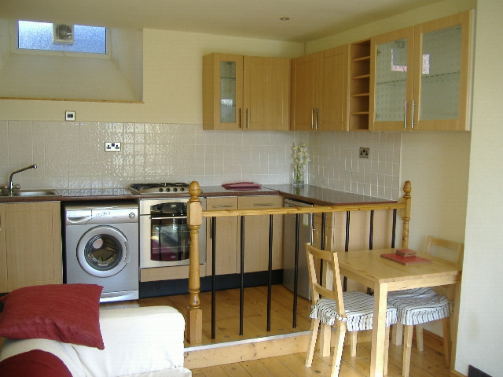 2 bedroom mid terraced house To Let in Sowerby Bridge - Property photograph