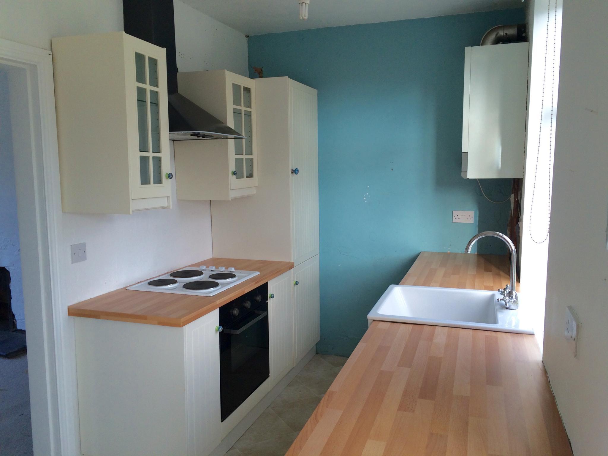 3 bedroom mid terraced house To Let in Hebden Bridge - Property photograph