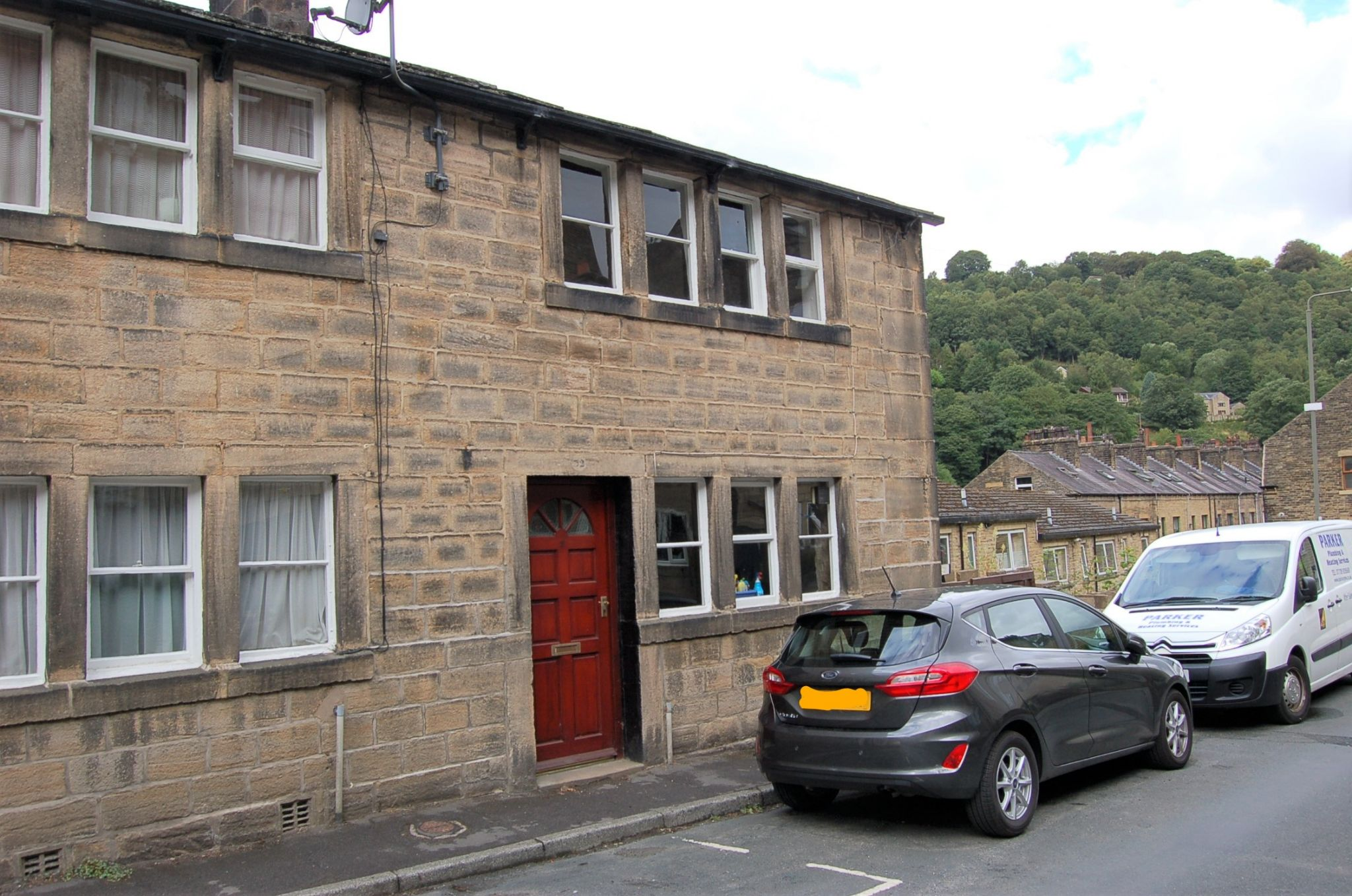2 bedroom end terraced house To Let in Hebden Bridge - Property photograph