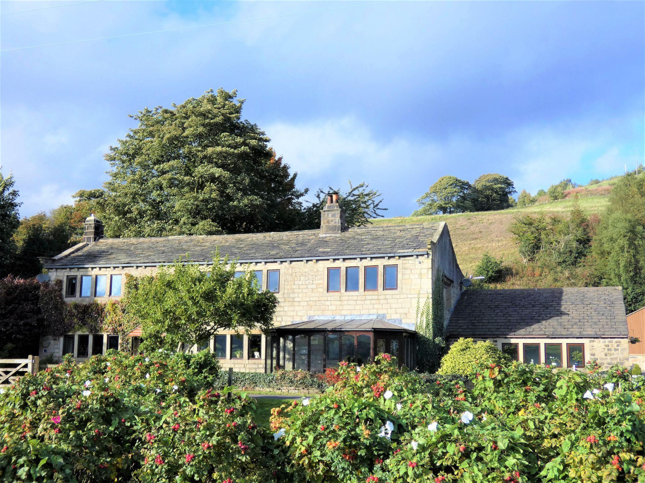 3 bedroom semi-detached house For Sale in Hebden Bridge - Property photograph