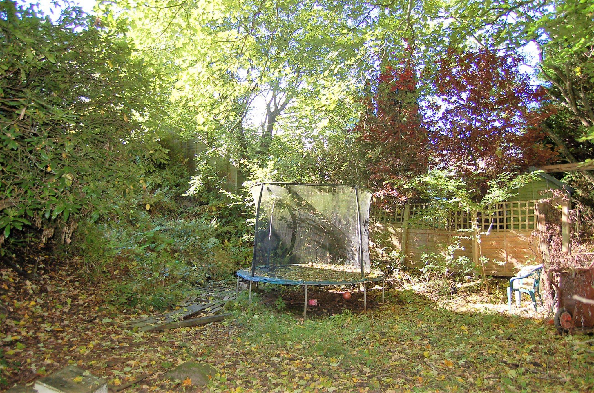 4 bedroom semi-detached house For Sale in Hebden Bridge - Photograph 4