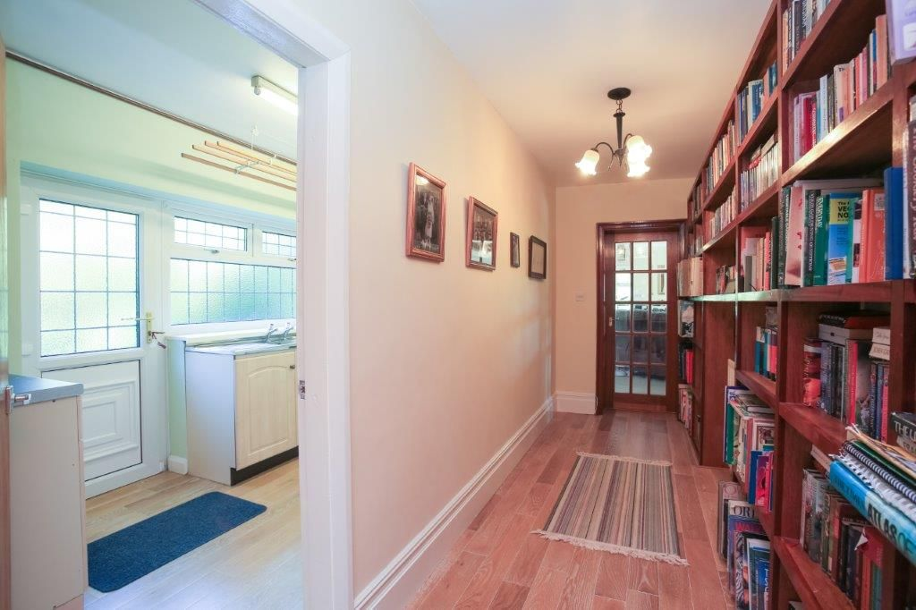 6 bedroom detached house For Sale in Todmorden - Photograph 30