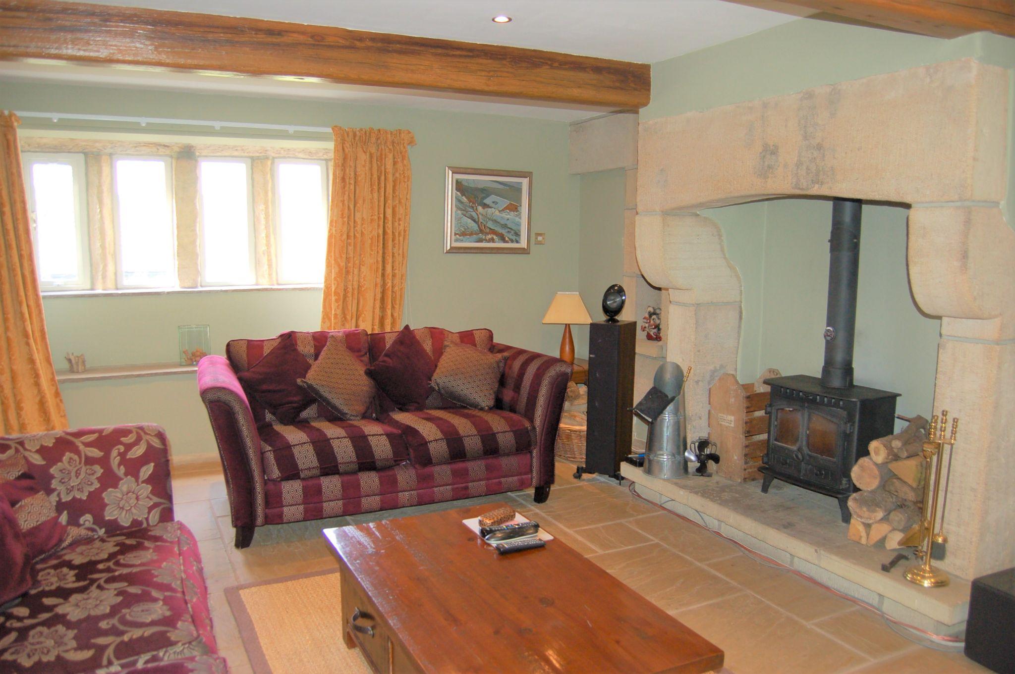 5 bedroom detached house For Sale in Hebden Bridge - Property photograph