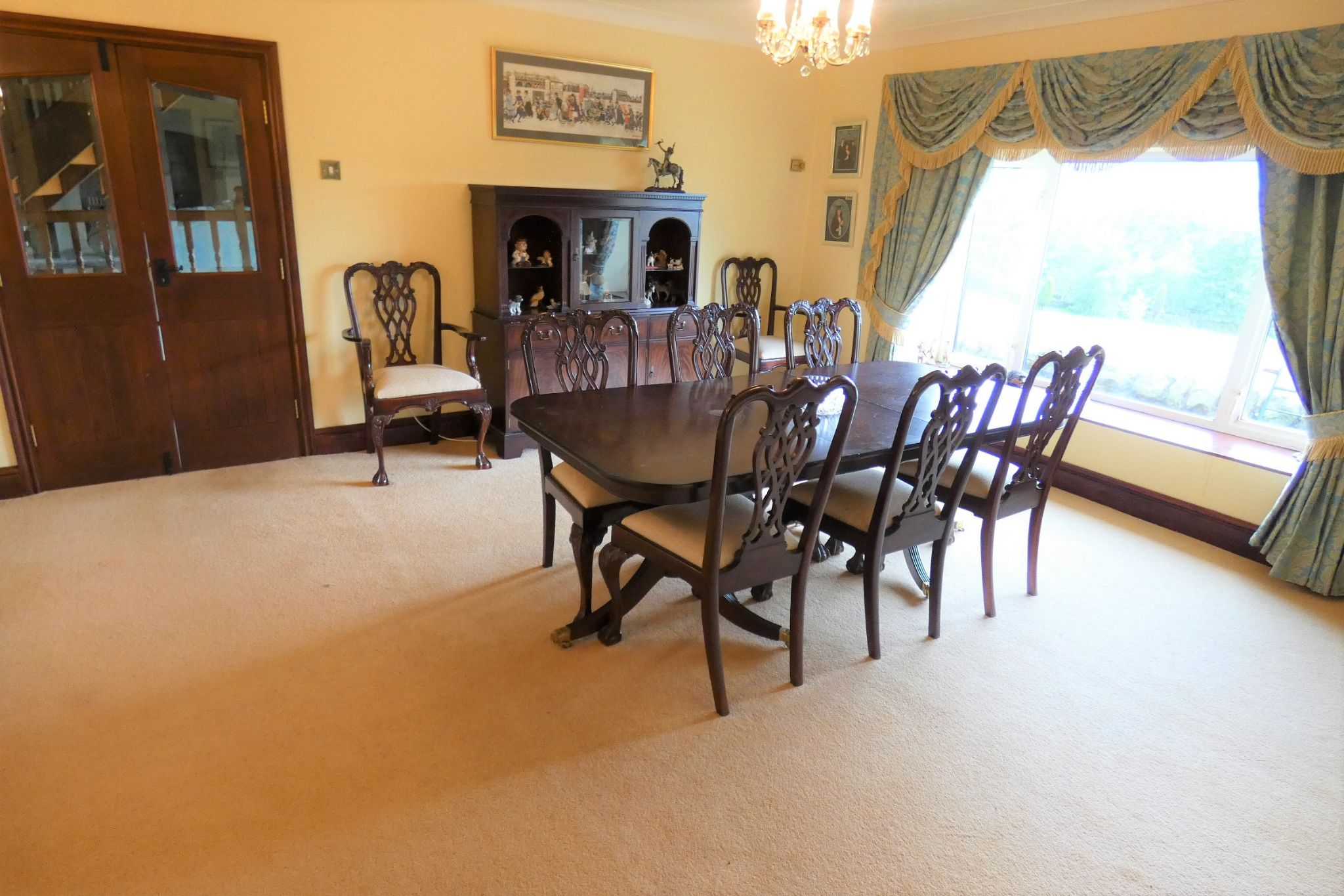 4 bedroom detached house Sale Agreed in Todmorden - Photograph 10
