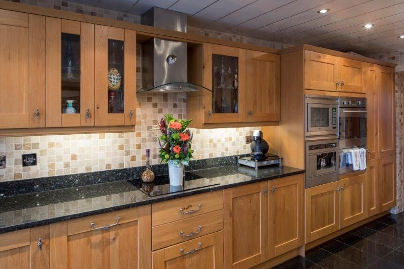 4 bedroom detached house For Sale in Todmorden - Photograph 33