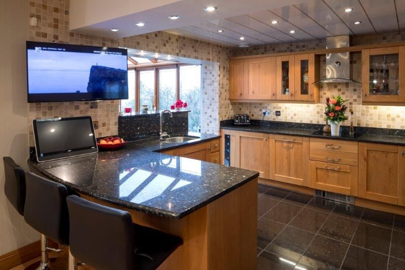 4 bedroom detached house For Sale in Todmorden - Photograph 29