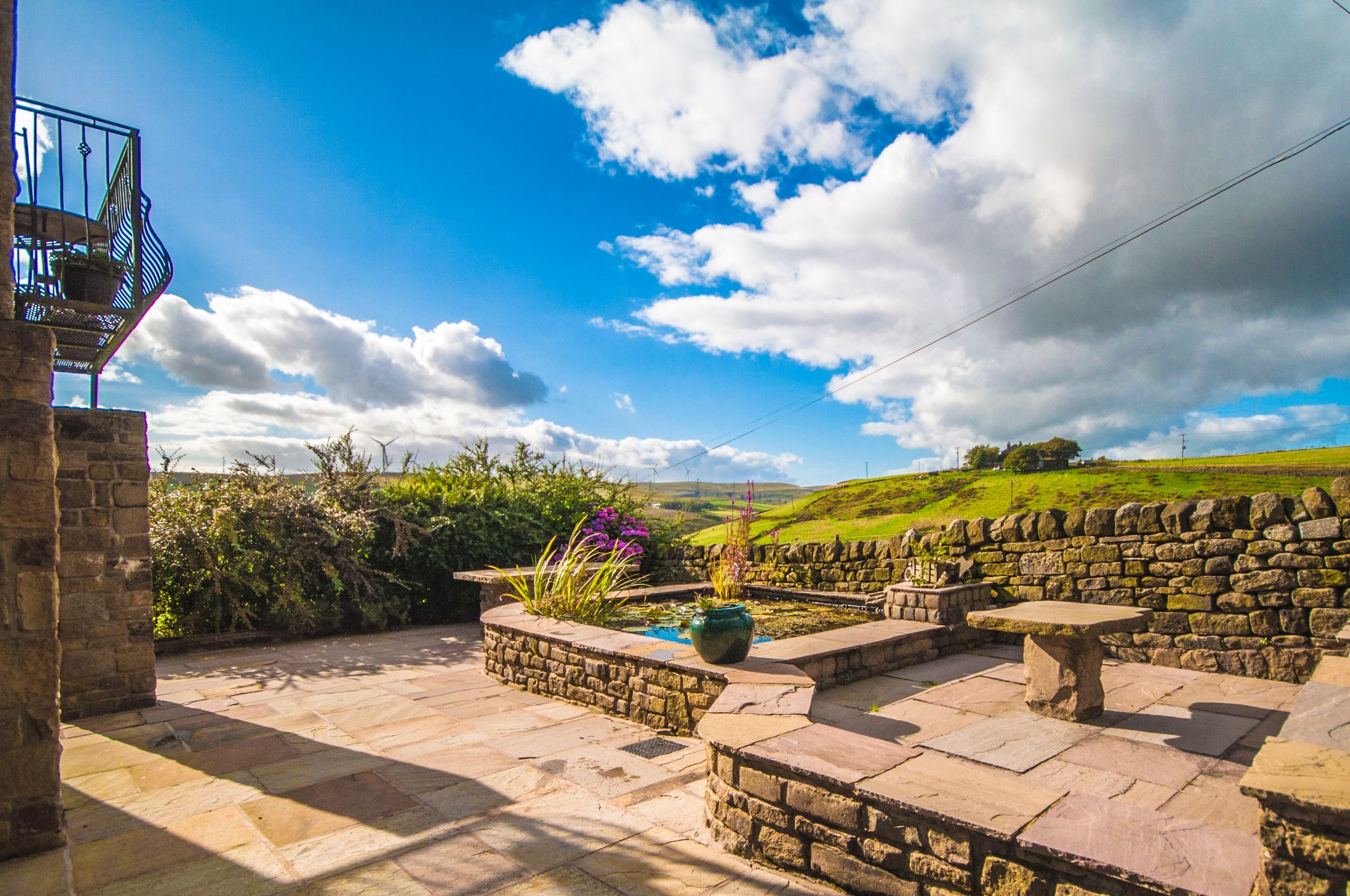 4 bedroom detached house For Sale in Todmorden - Photograph 17