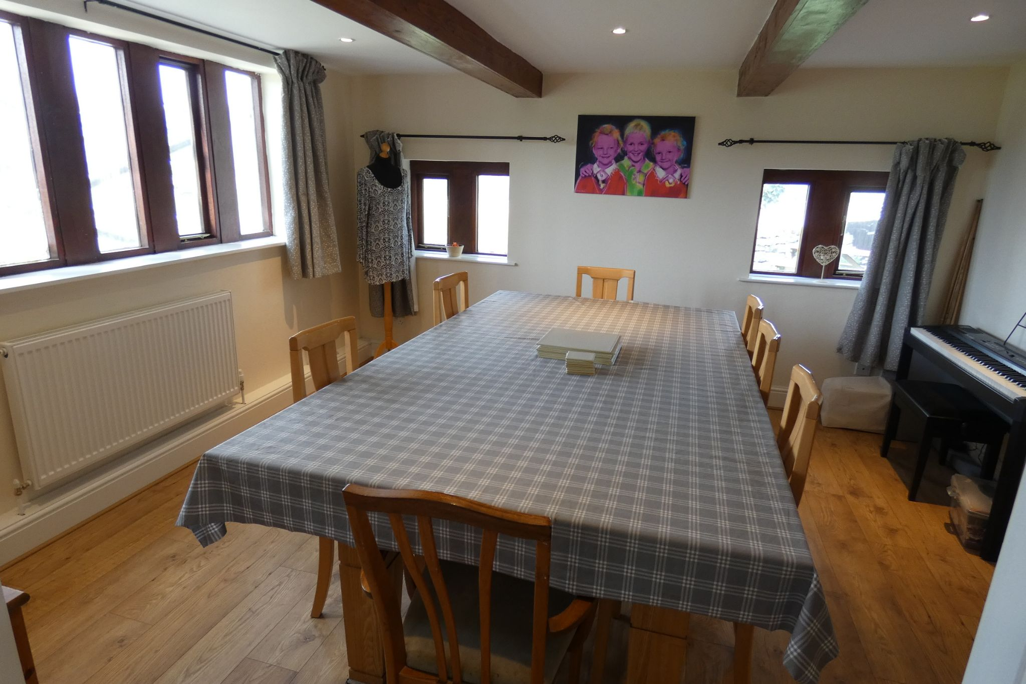 5 bedroom link detached house For Sale in Todmorden - Photograph 19