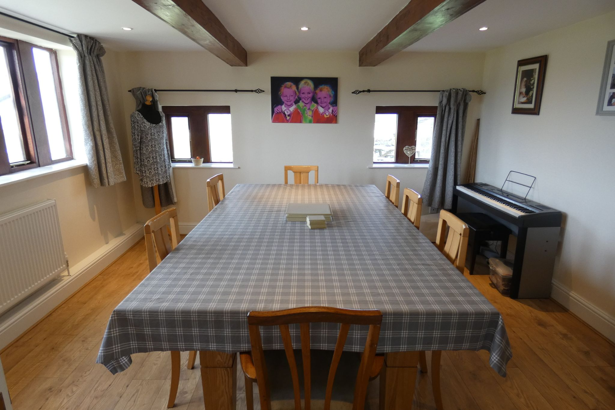 5 bedroom link detached house For Sale in Todmorden - Photograph 18