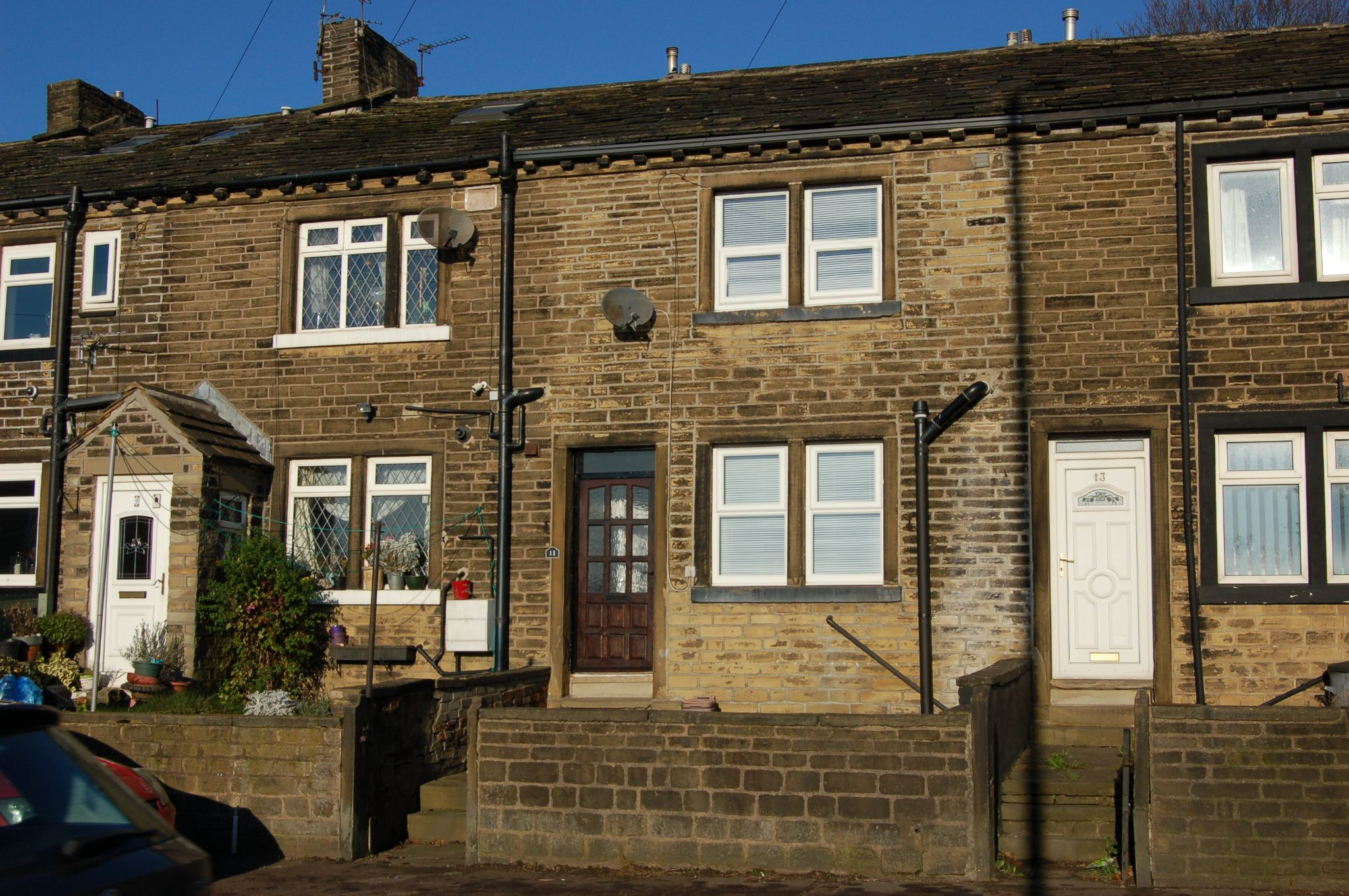 1 bedroom mid terraced house To Let in Friendly - Property photograph