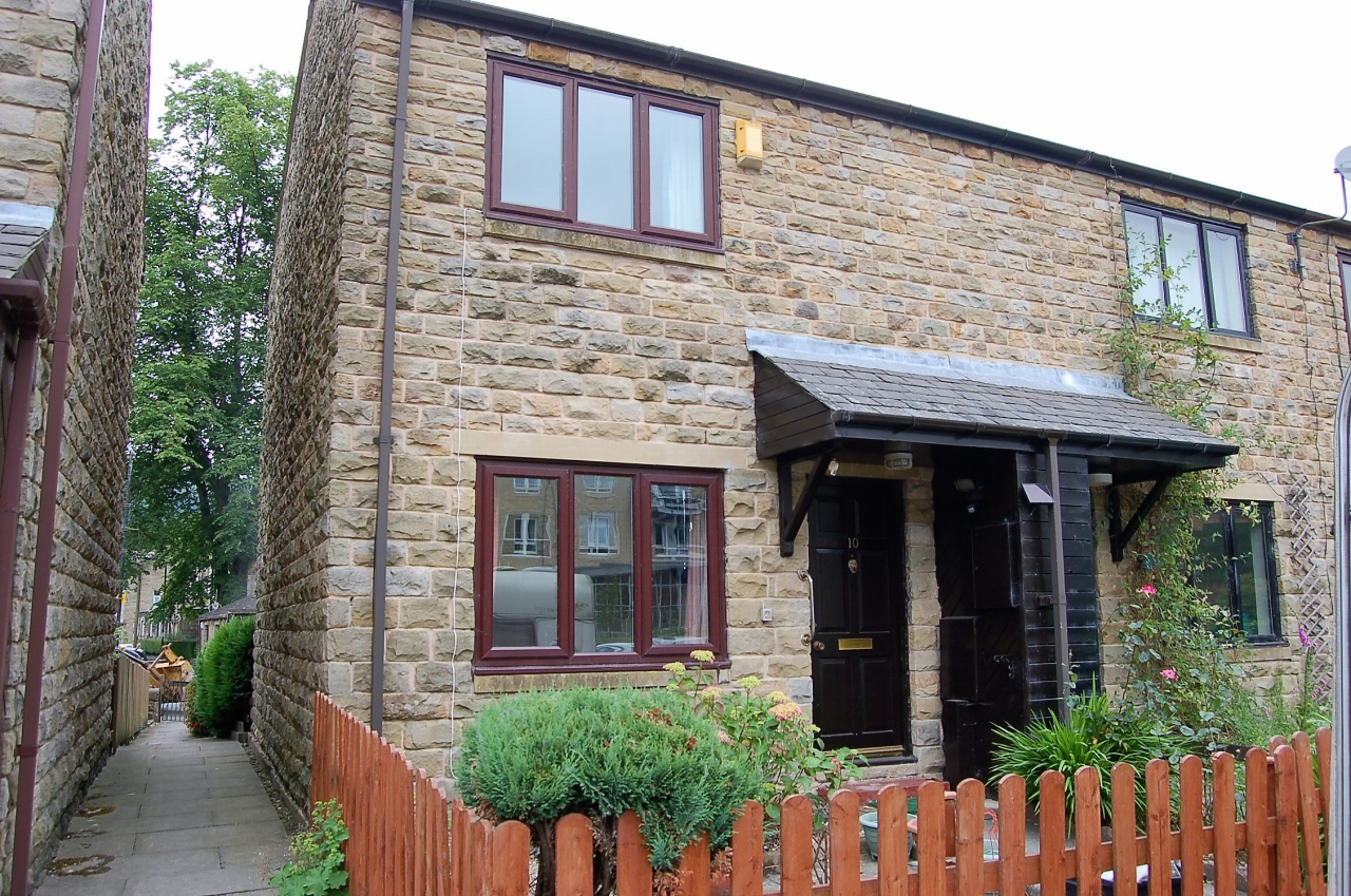 2 bedroom end terraced house Let Agreed in Hebden Bridge - Property photograph