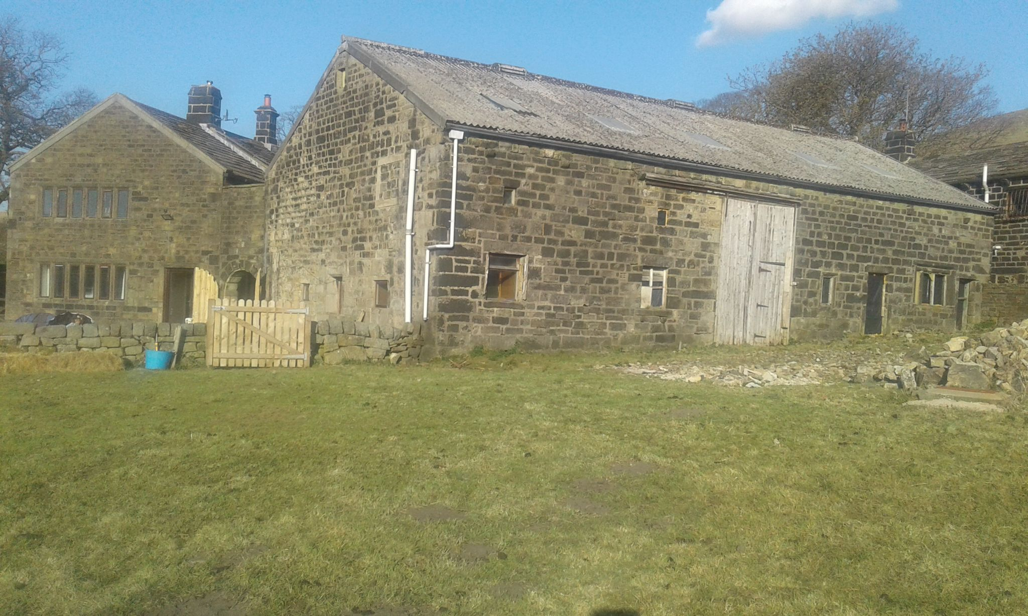 5 bedroom barn character property SSTC in Todmorden - Photograph 7
