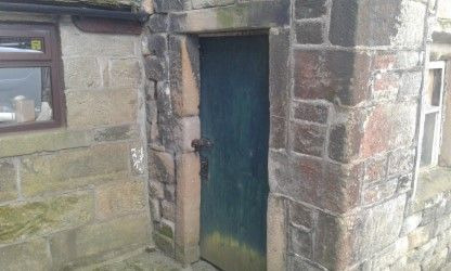 5 bedroom barn character property SSTC in Todmorden - Photograph 5
