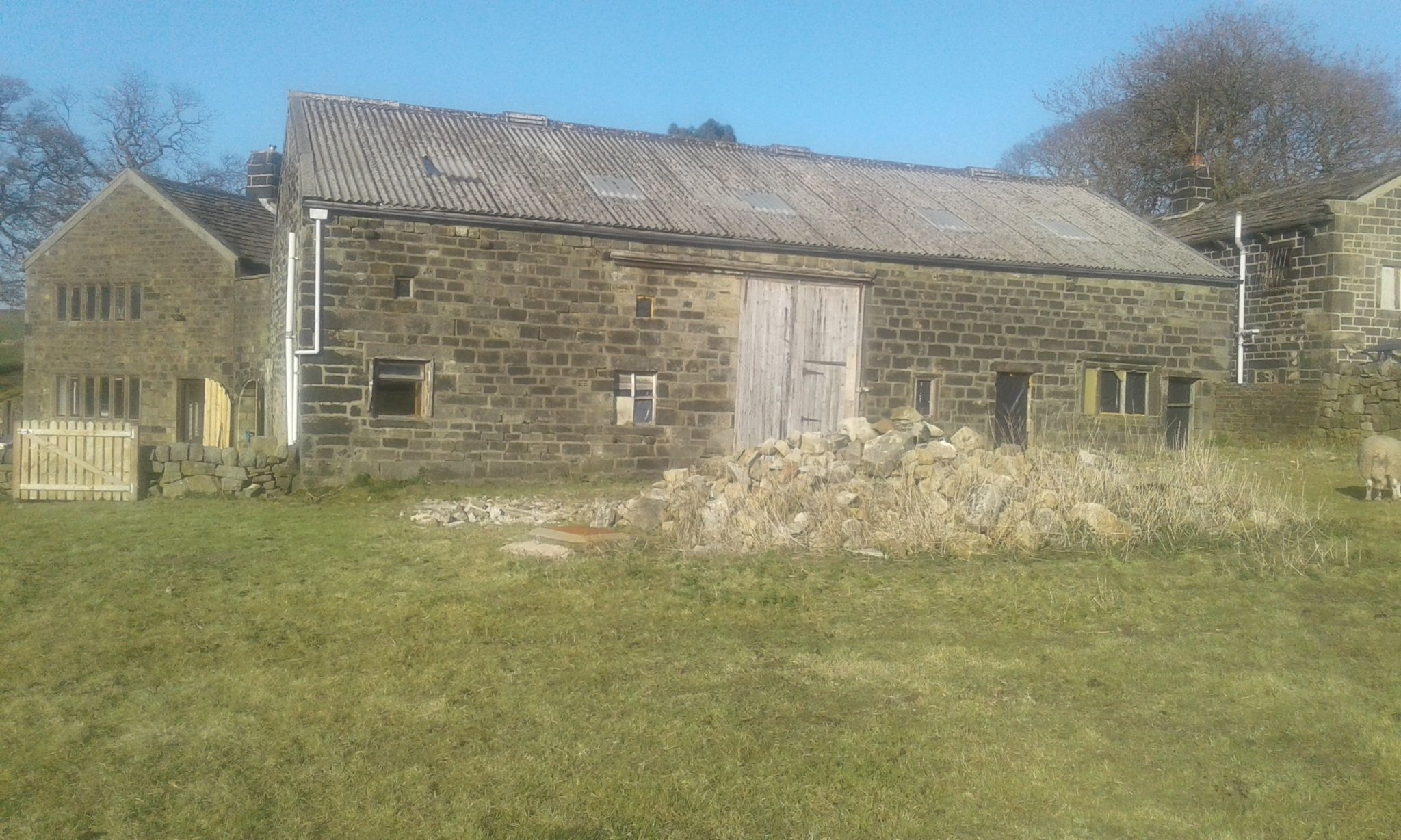 5 bedroom barn character property SSTC in Todmorden - Photograph 9
