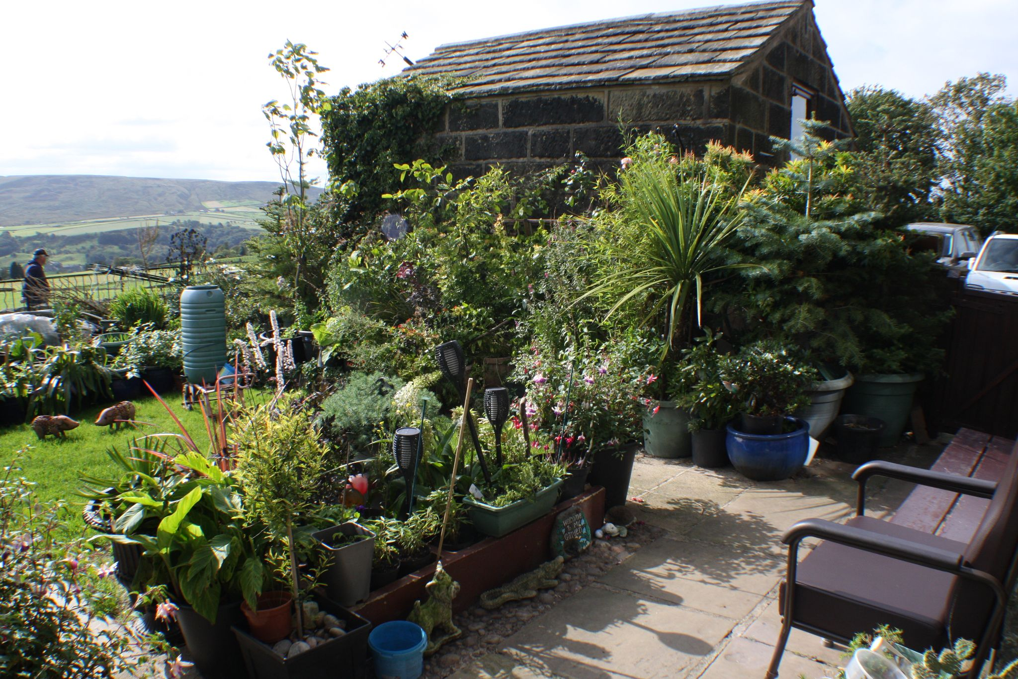 3 bedroom semi-detached house For Sale in Todmorden - Property photograph