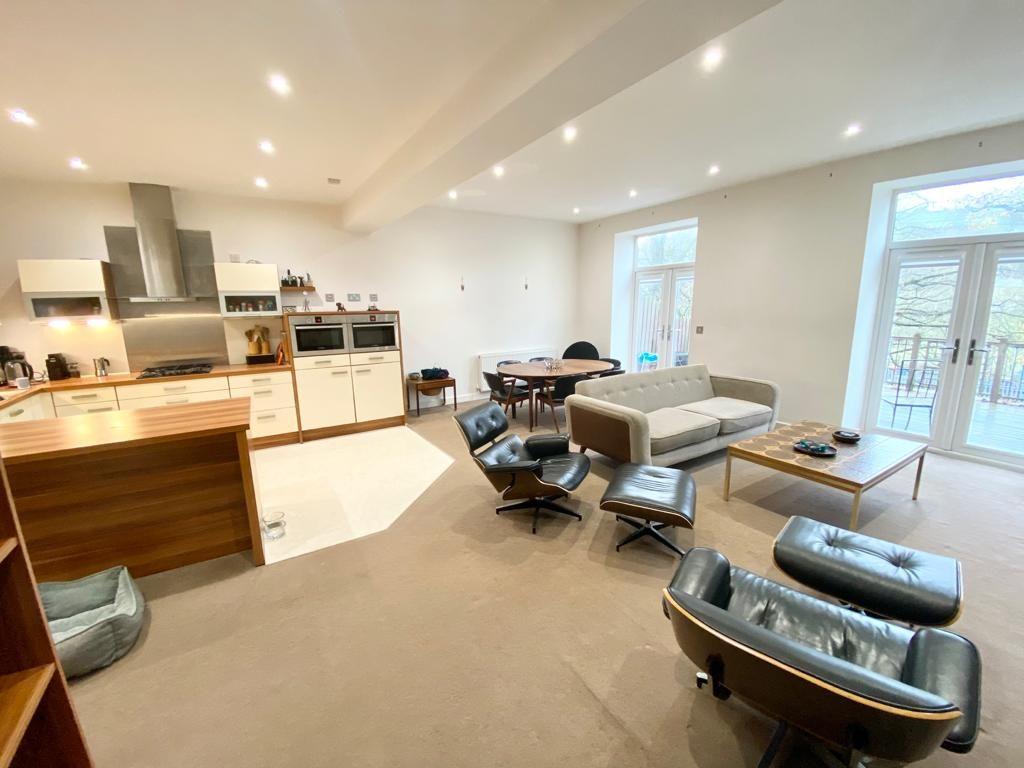 4 bedroom mews house For Sale in Hebden Bridge - Property photograph