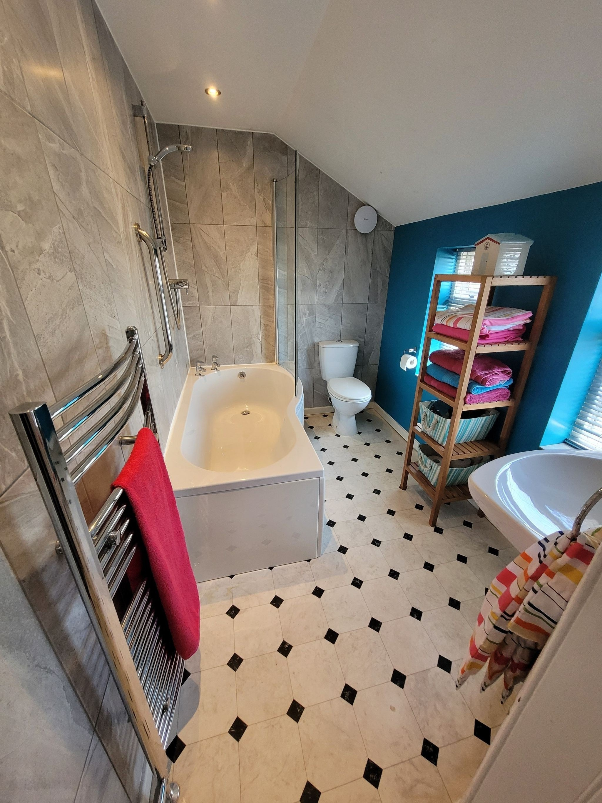 4 bedroom semi-detached house For Sale in Luddenden, Halifax - Photograph 29