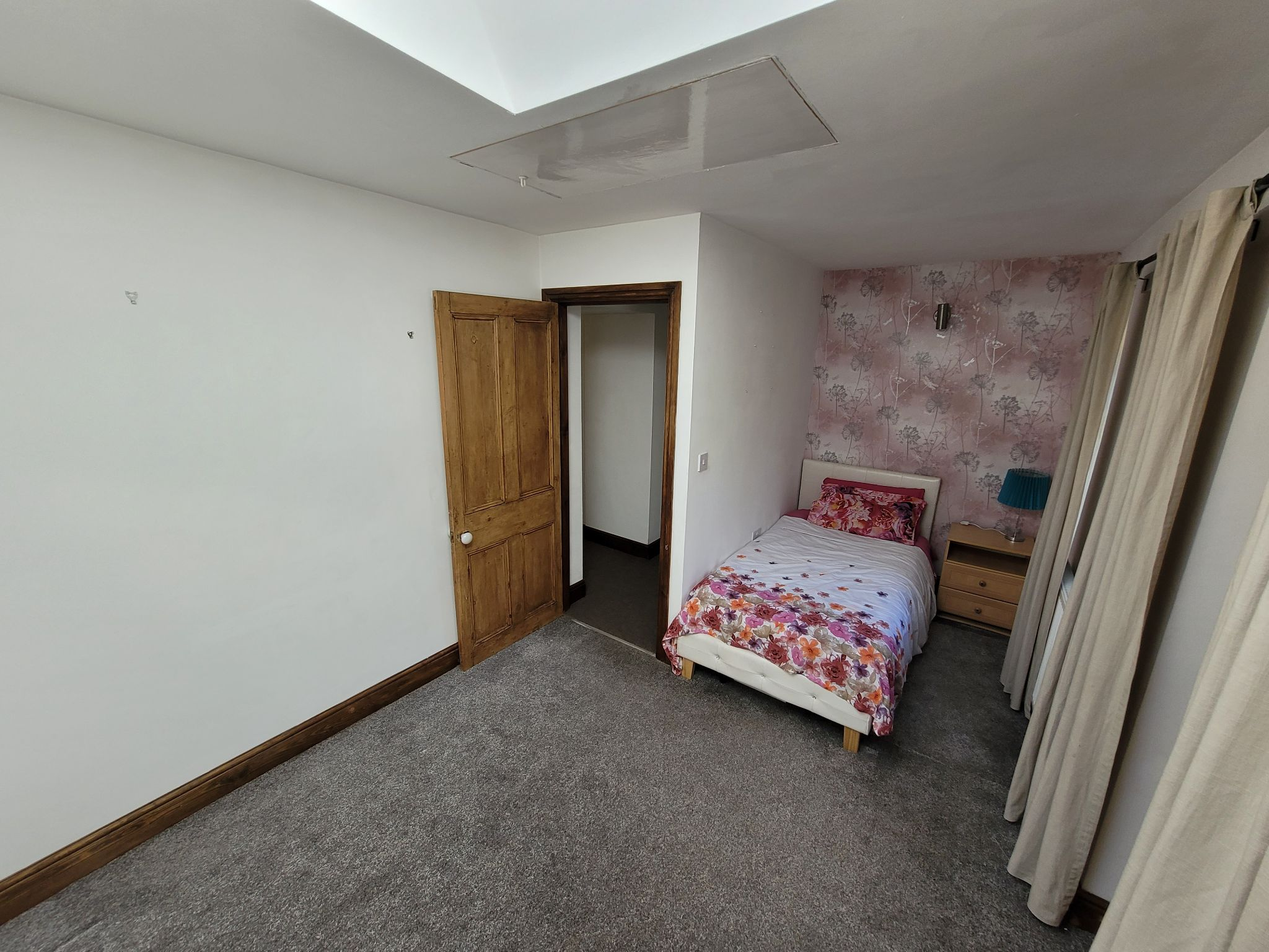 4 bedroom semi-detached house For Sale in Luddenden, Halifax - Photograph 31