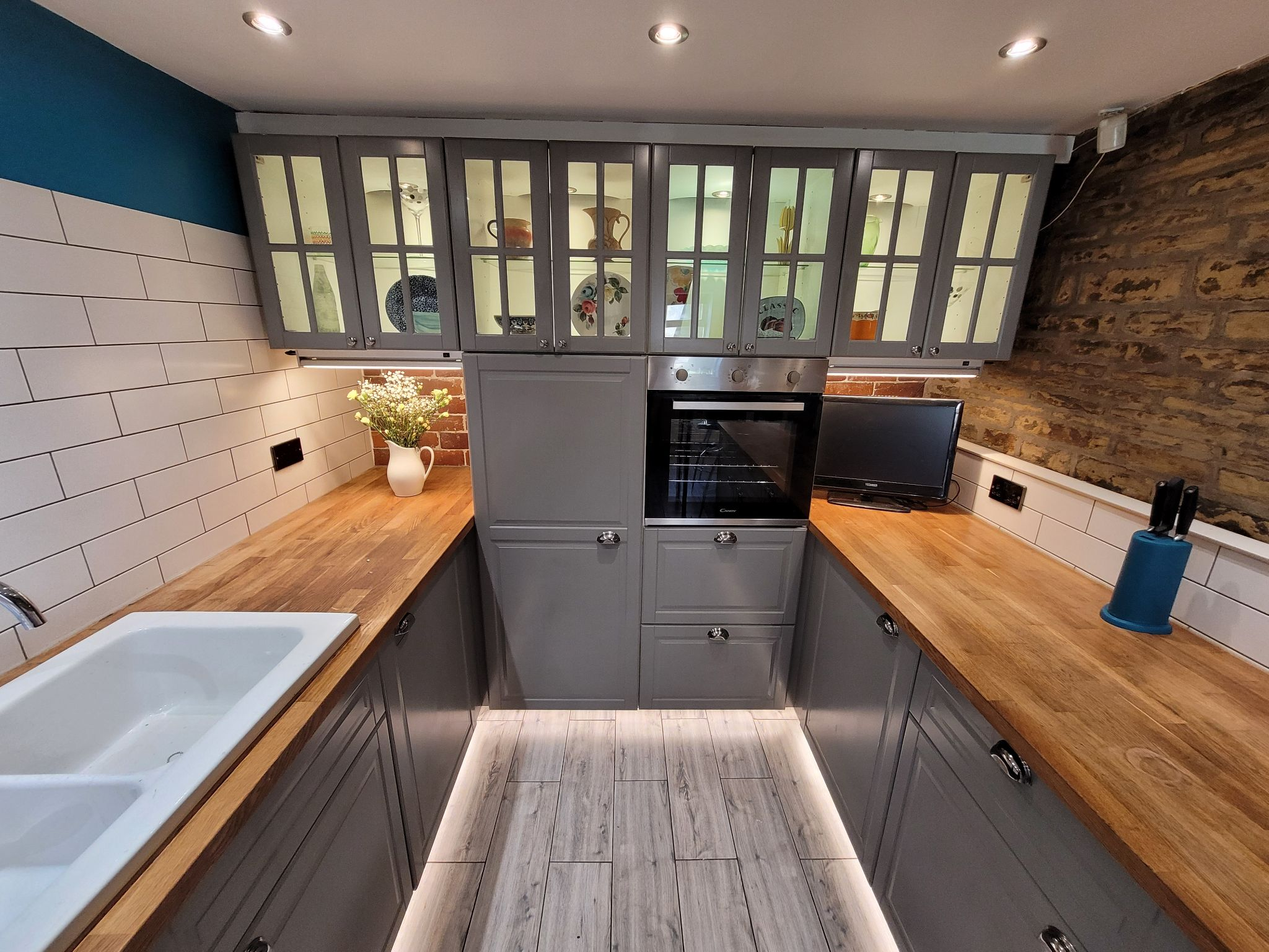 4 bedroom semi-detached house For Sale in Luddenden, Halifax - Photograph 16