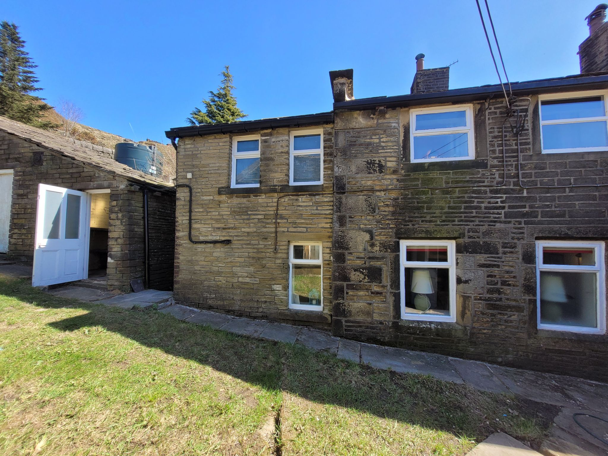4 bedroom semi-detached house For Sale in Luddenden, Halifax - Photograph 36
