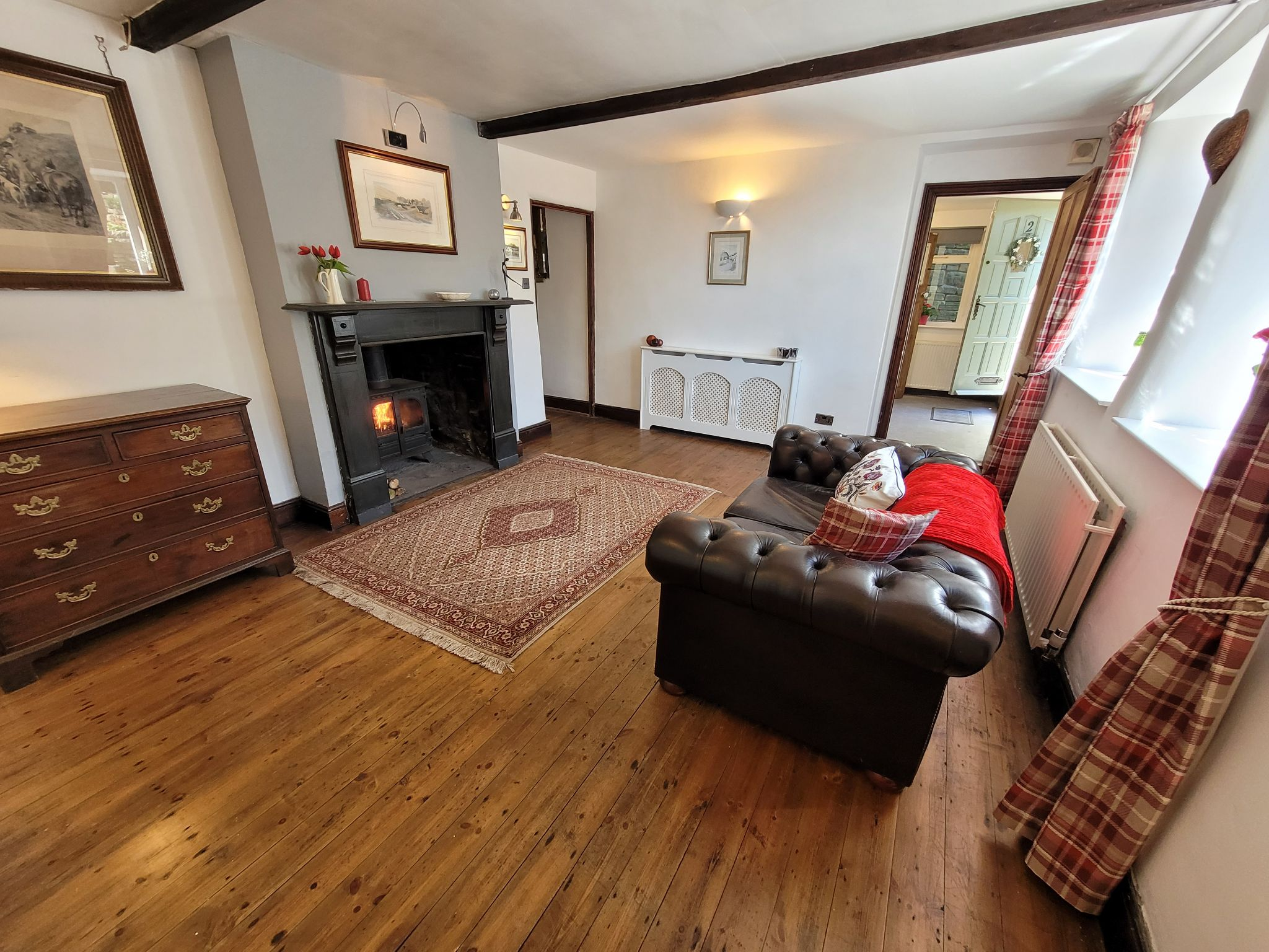 4 bedroom semi-detached house For Sale in Luddenden, Halifax - Photograph 7