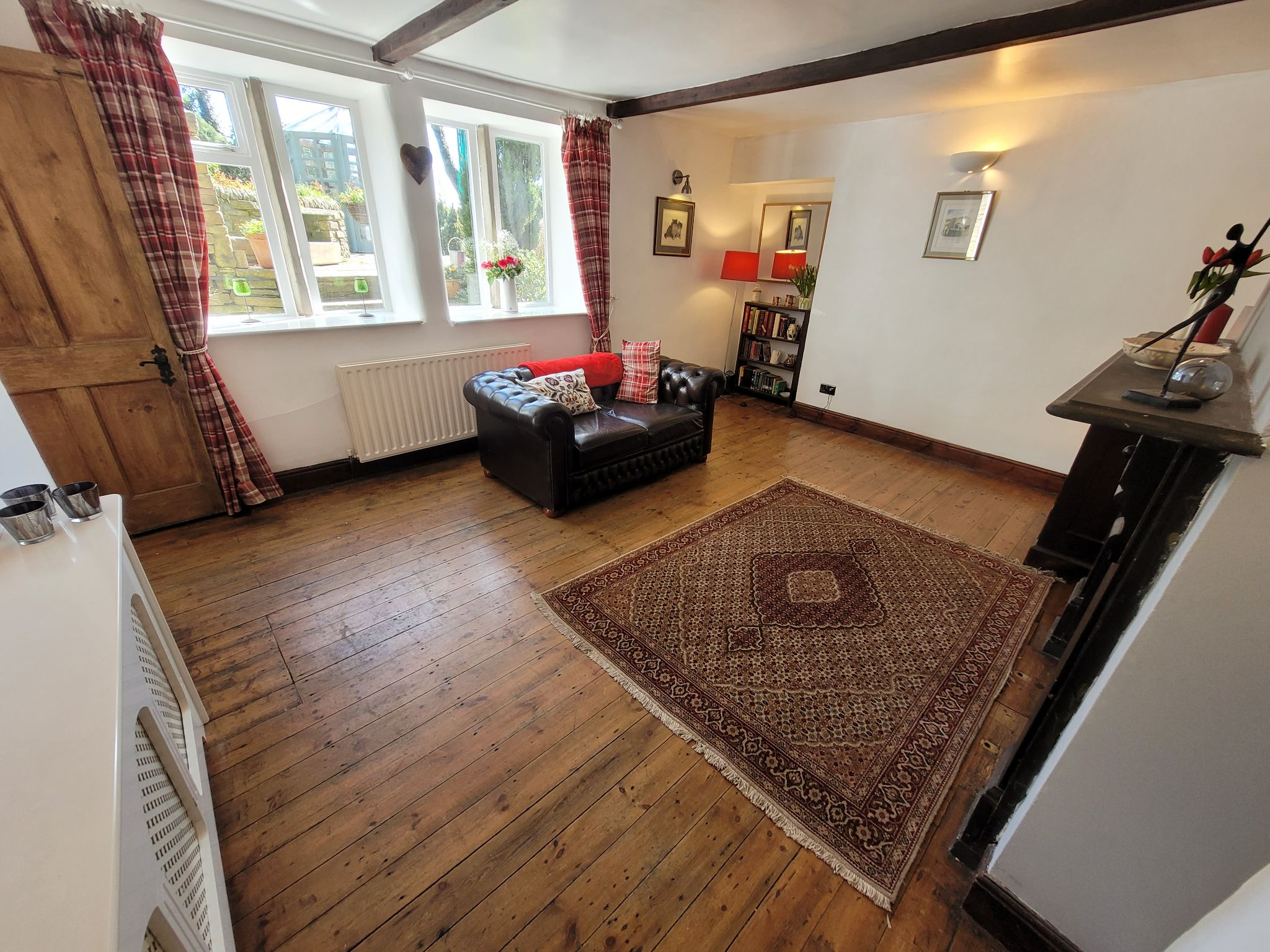 4 bedroom semi-detached house For Sale in Luddenden, Halifax - Photograph 6