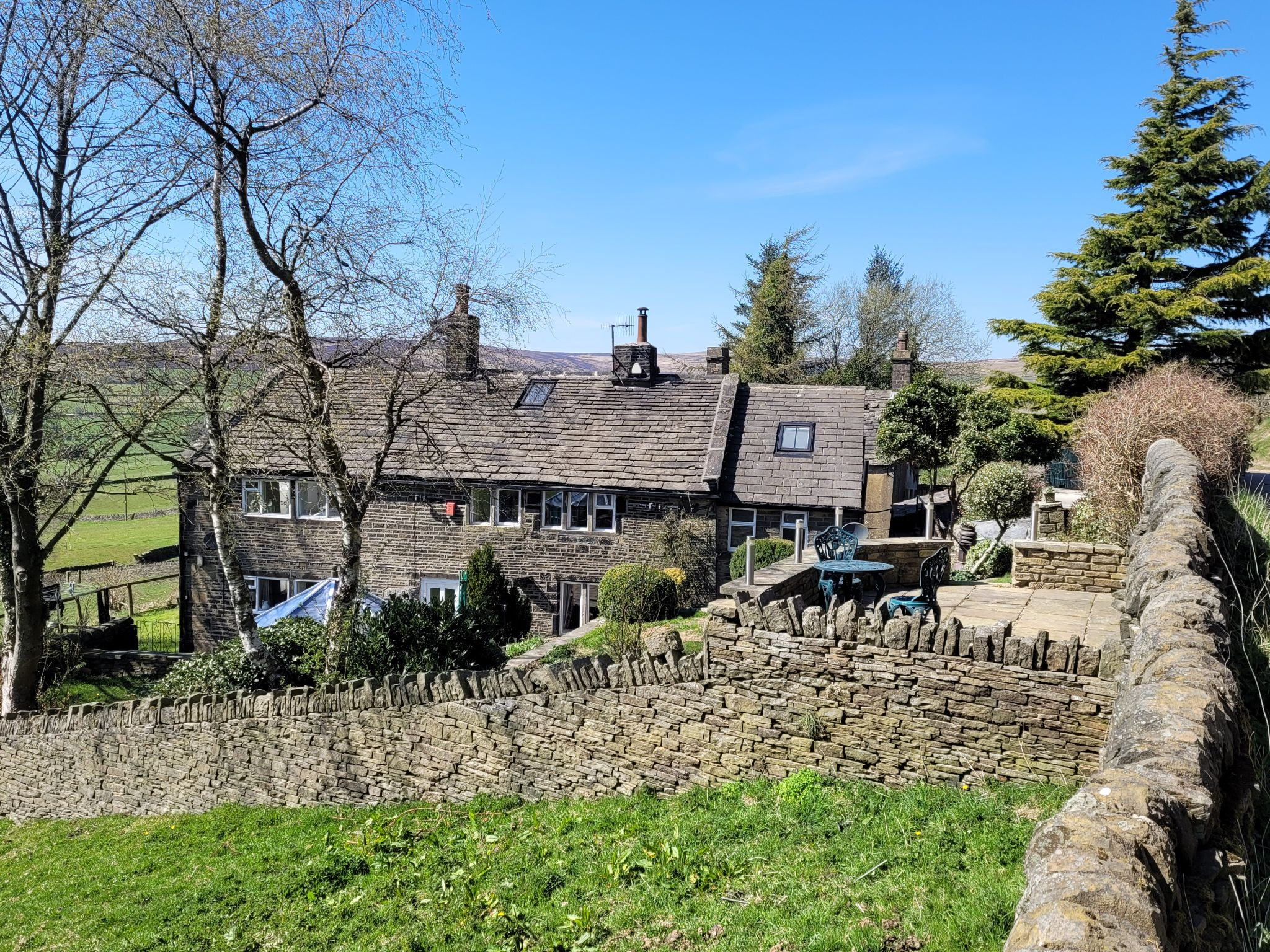 4 bedroom semi-detached house For Sale in Luddenden, Halifax - Photograph 1