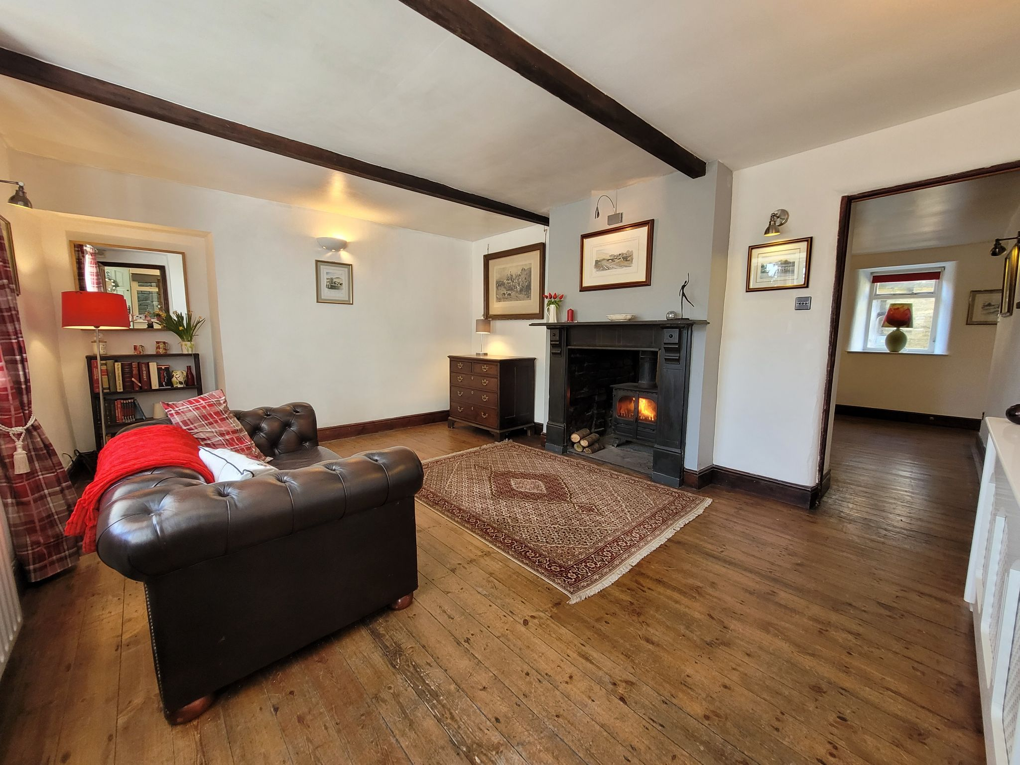4 bedroom semi-detached house For Sale in Luddenden, Halifax - Photograph 4