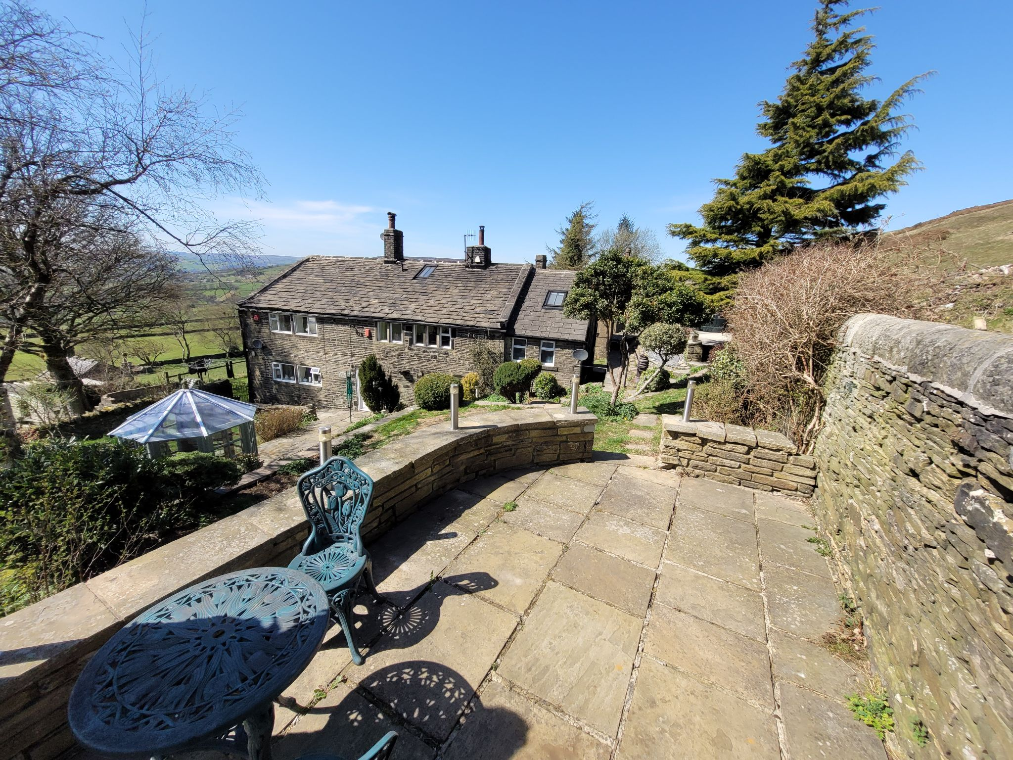 4 bedroom semi-detached house For Sale in Luddenden, Halifax - Photograph 38