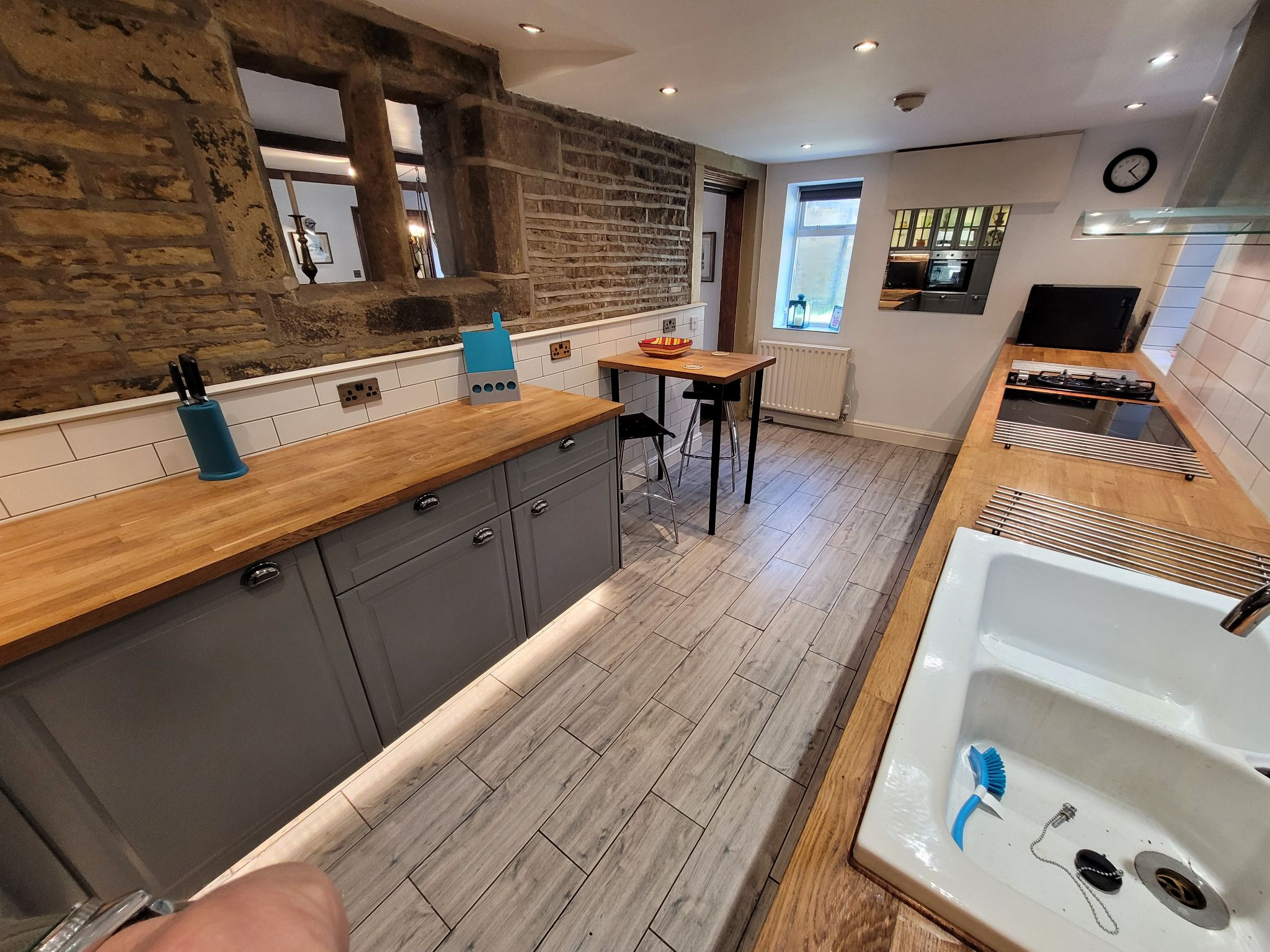4 bedroom semi-detached house For Sale in Luddenden, Halifax - Photograph 17