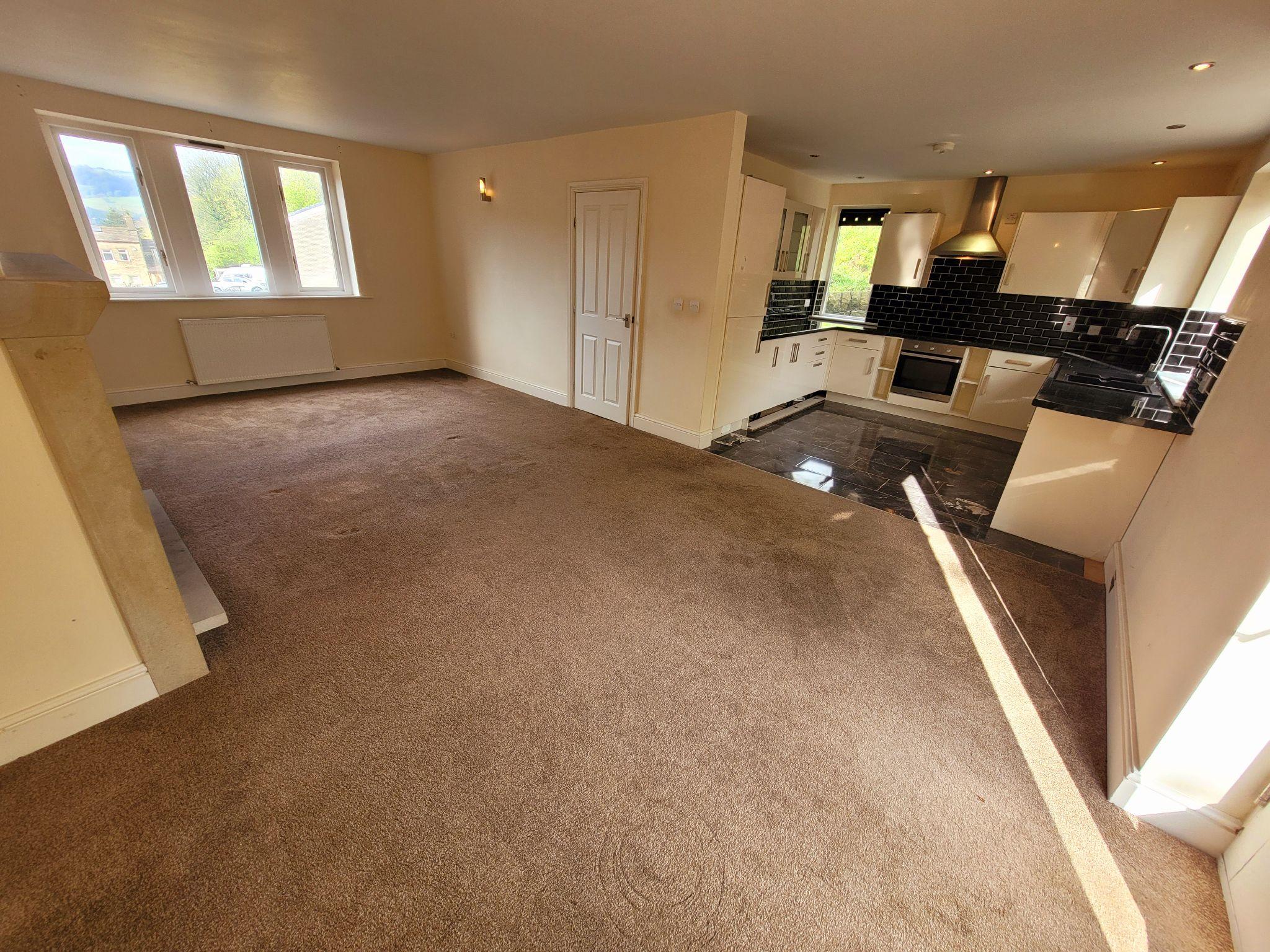 3 bedroom detached house For Sale in Hebden Bridge - Property photograph