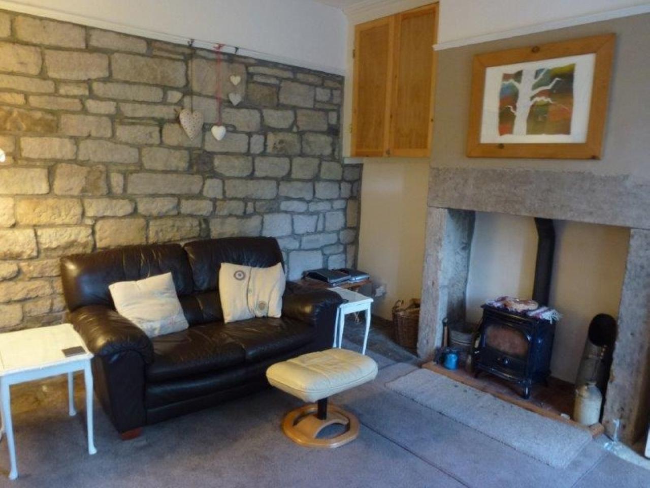 1 bedroom mid terraced house To Let in Hebden Bridge - Property photograph