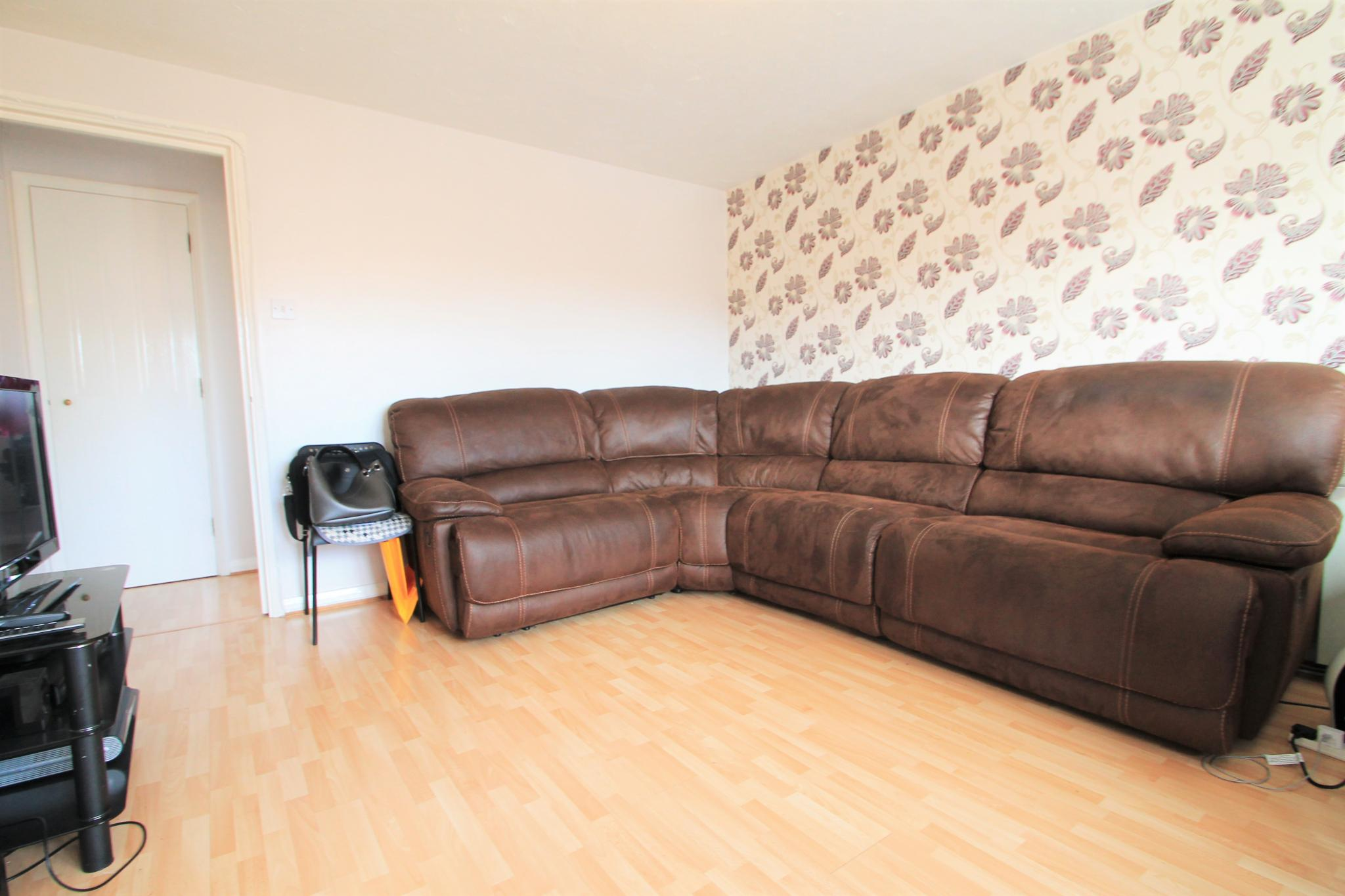 2 Bedroom Flat Flat/apartment For Sale - Lounge