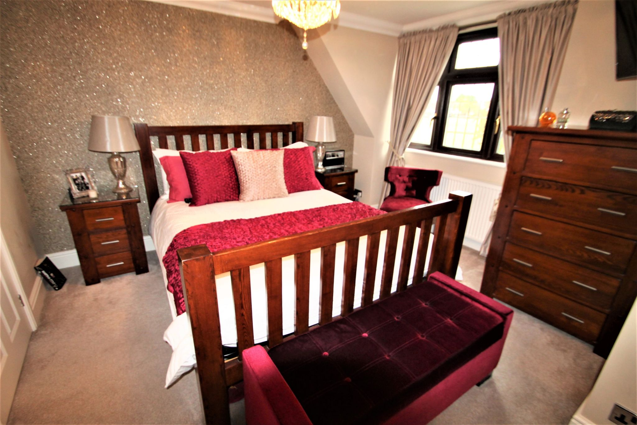 5 Bedroom Detached House For Sale - Master Bedroom