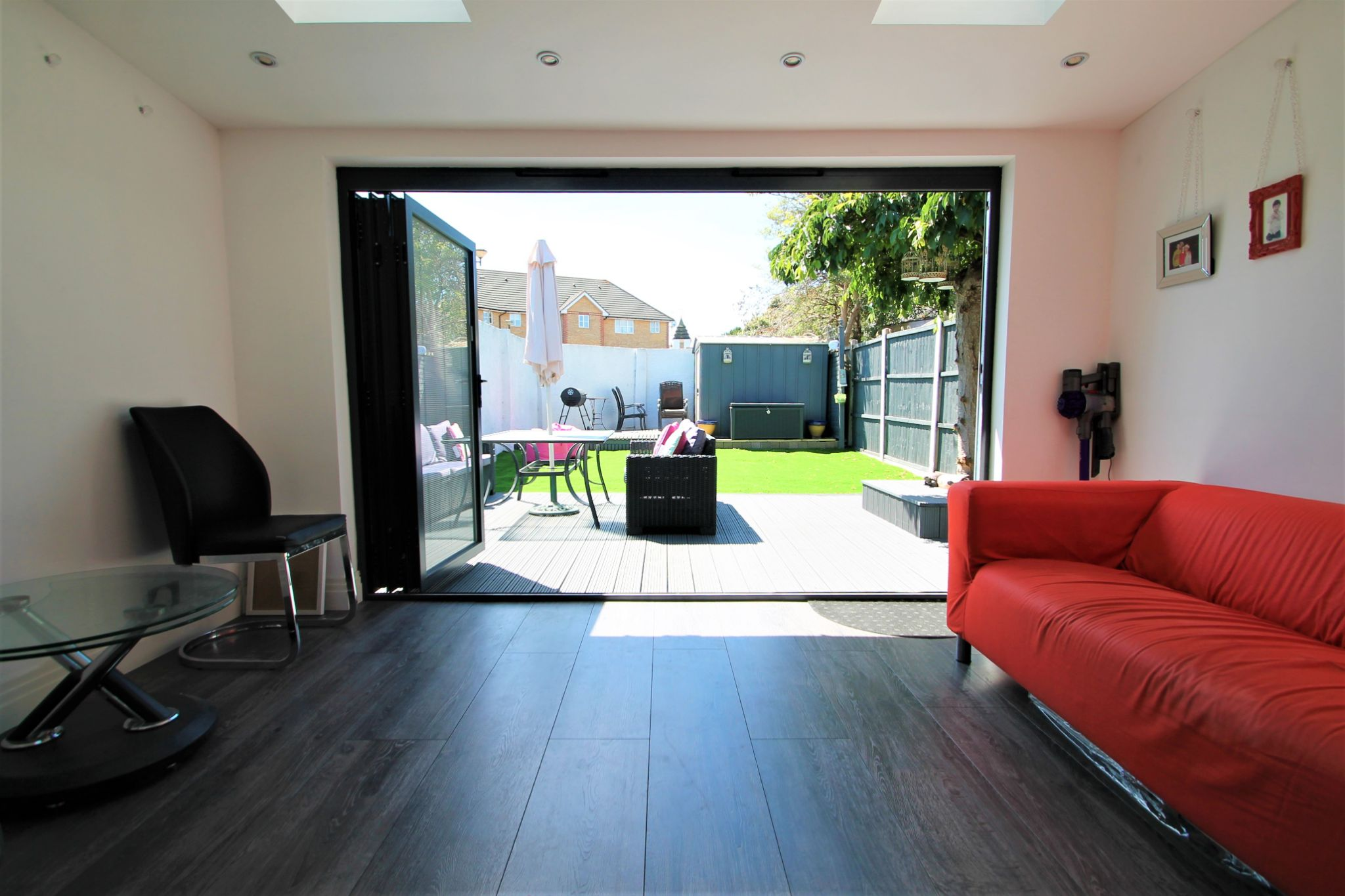 3 Bedroom Semi-detached House For Sale - Family Room