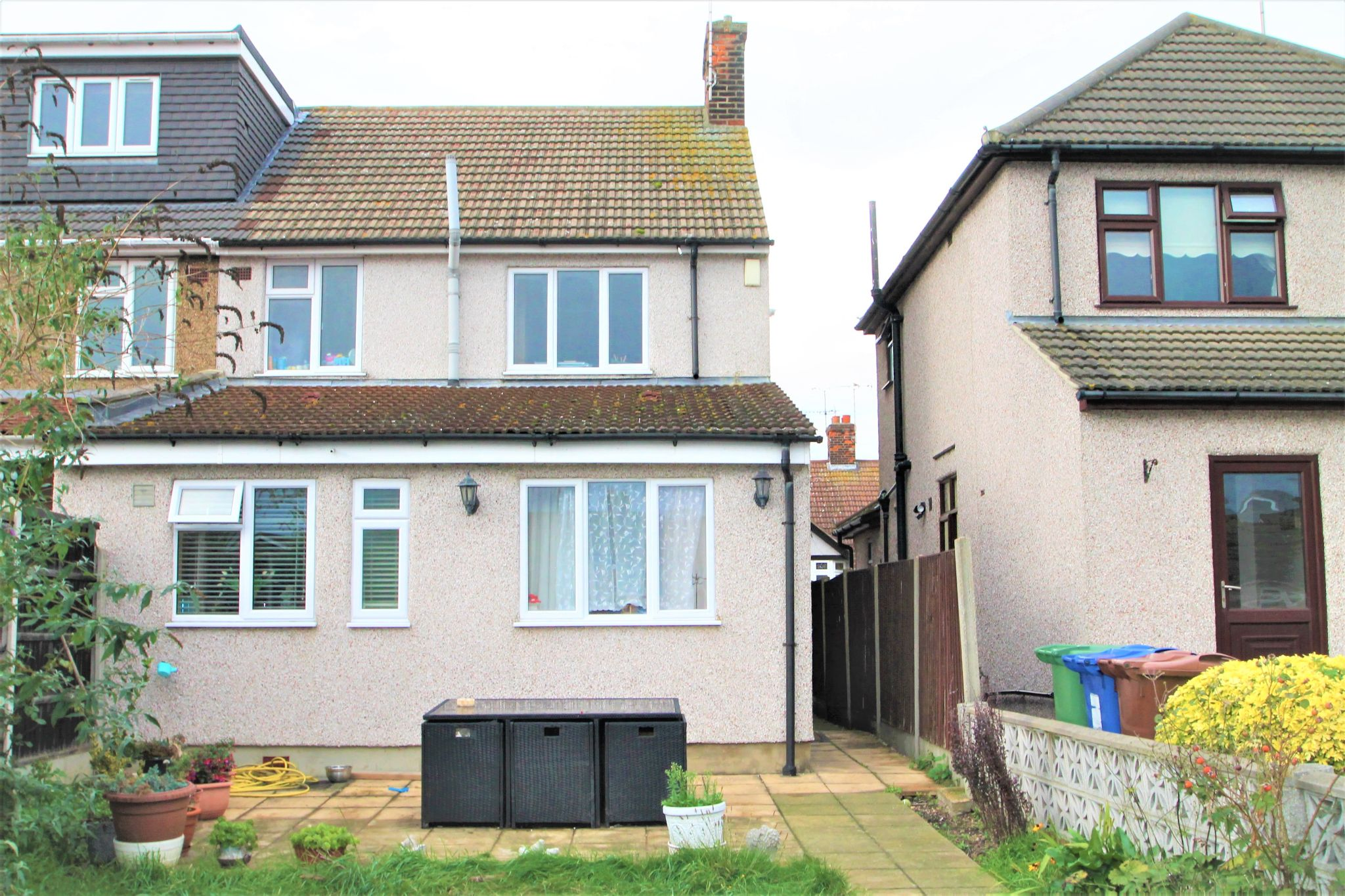3 Bedroom Semi-detached House For Sale - Back