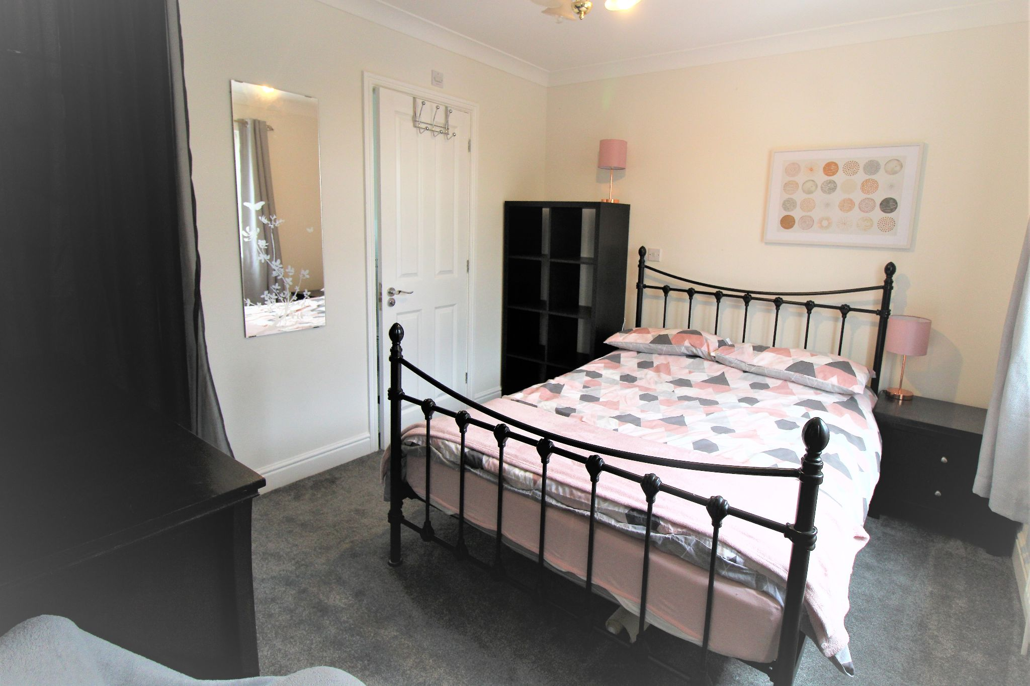 5 Bedroom Detached House For Sale - Bedroom 3