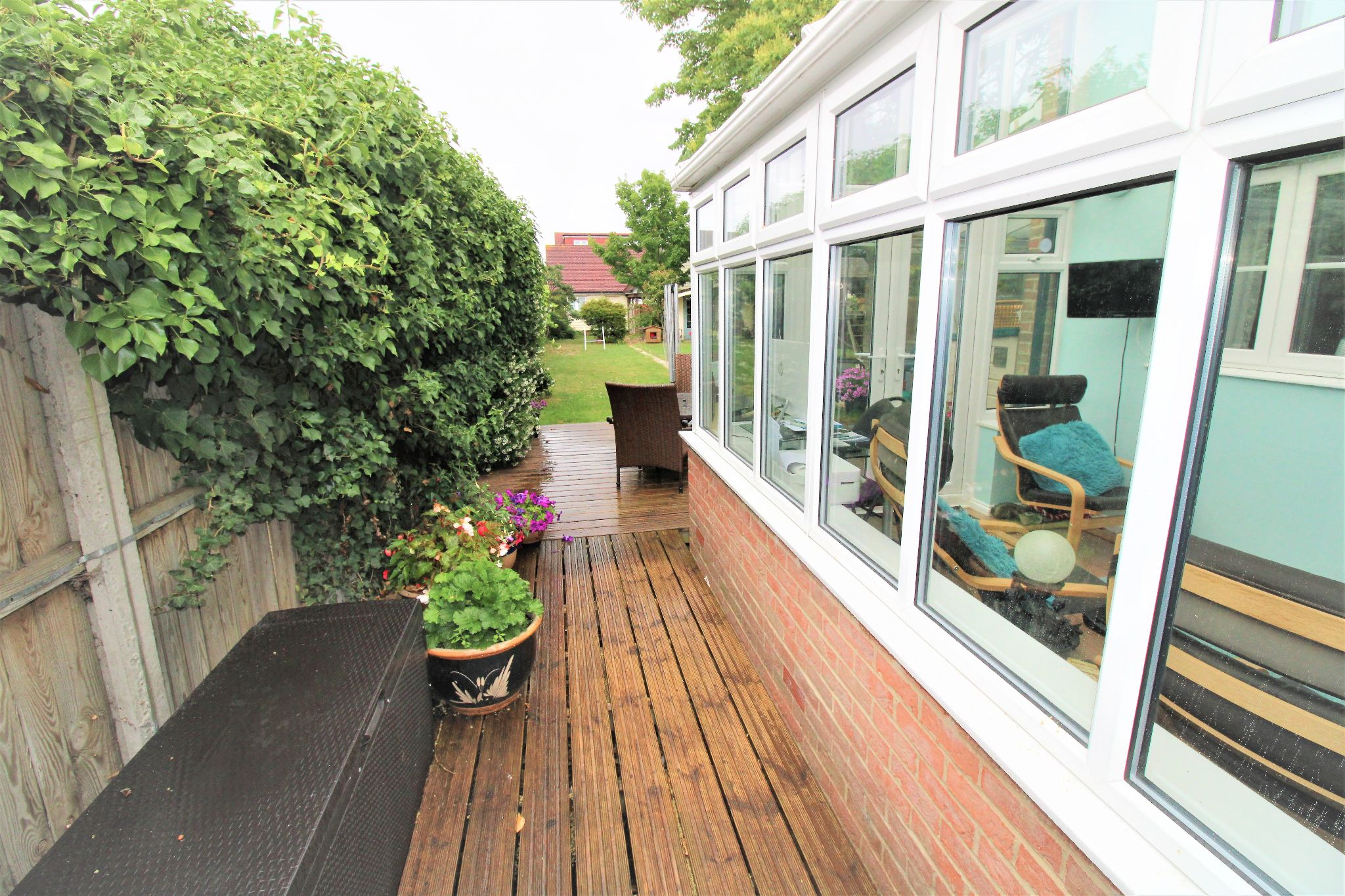 5 Bedroom Detached House For Sale - Garden 3