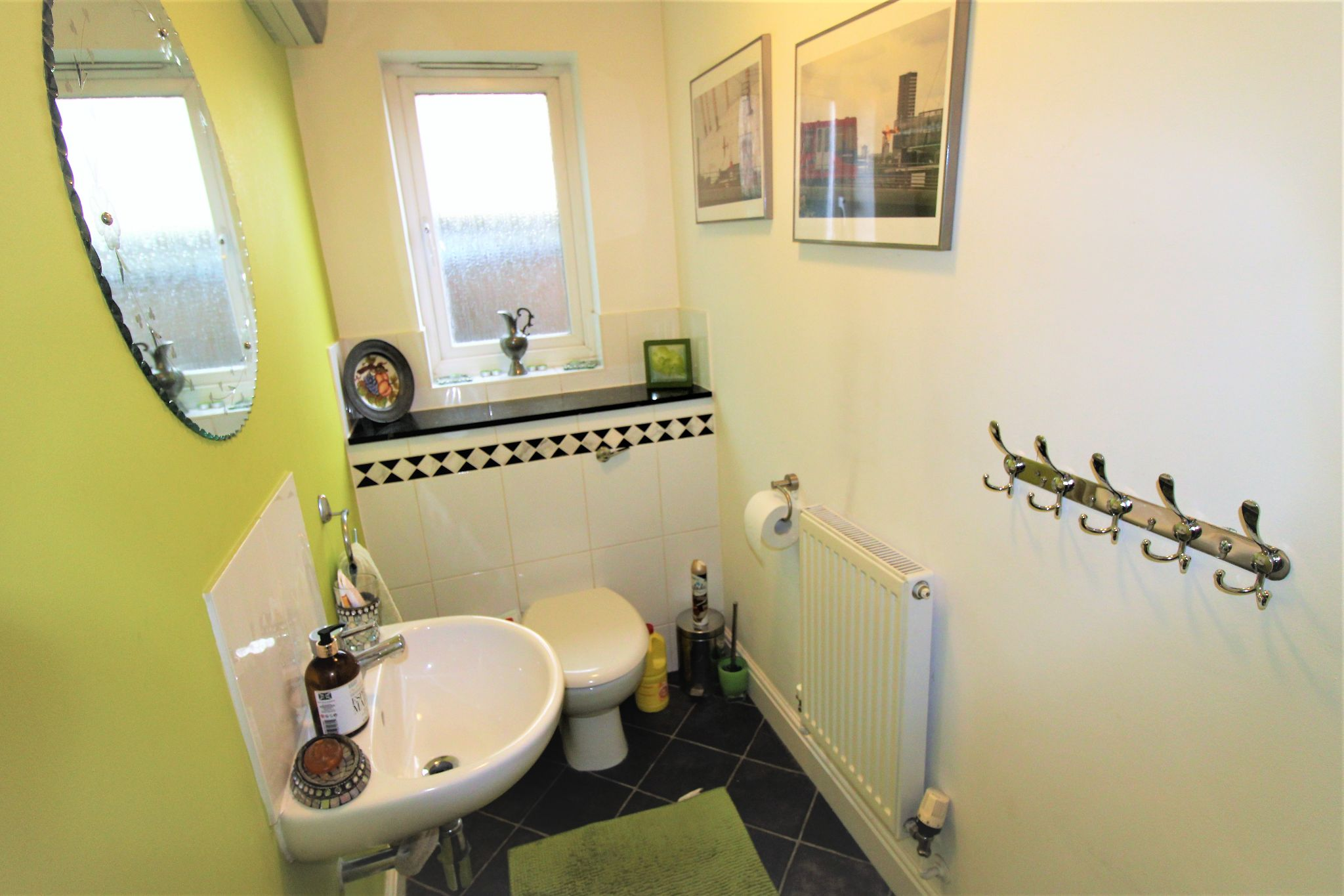 5 Bedroom Detached House For Sale - Downstairs Cloakroom
