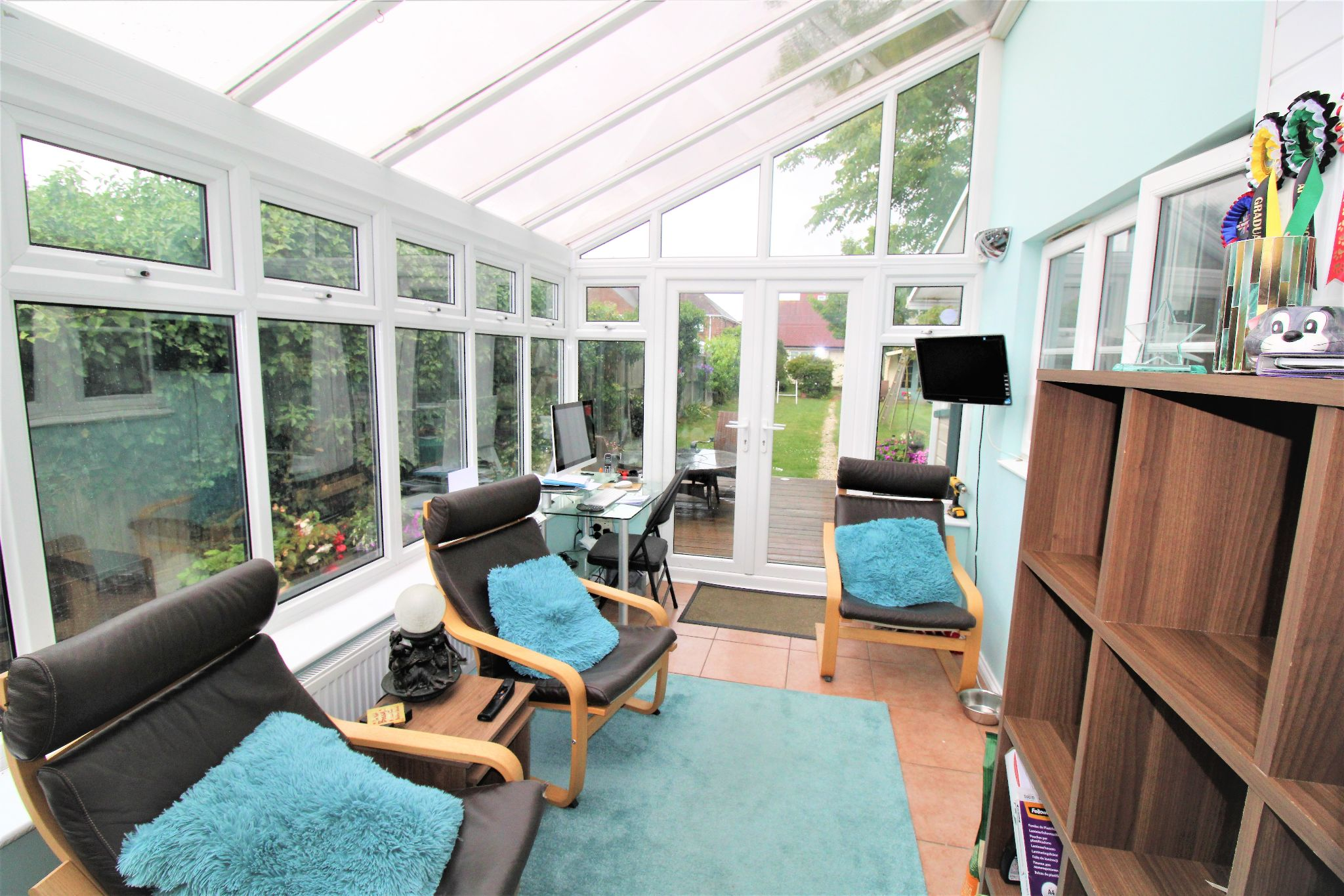 5 Bedroom Detached House For Sale - Conservatory