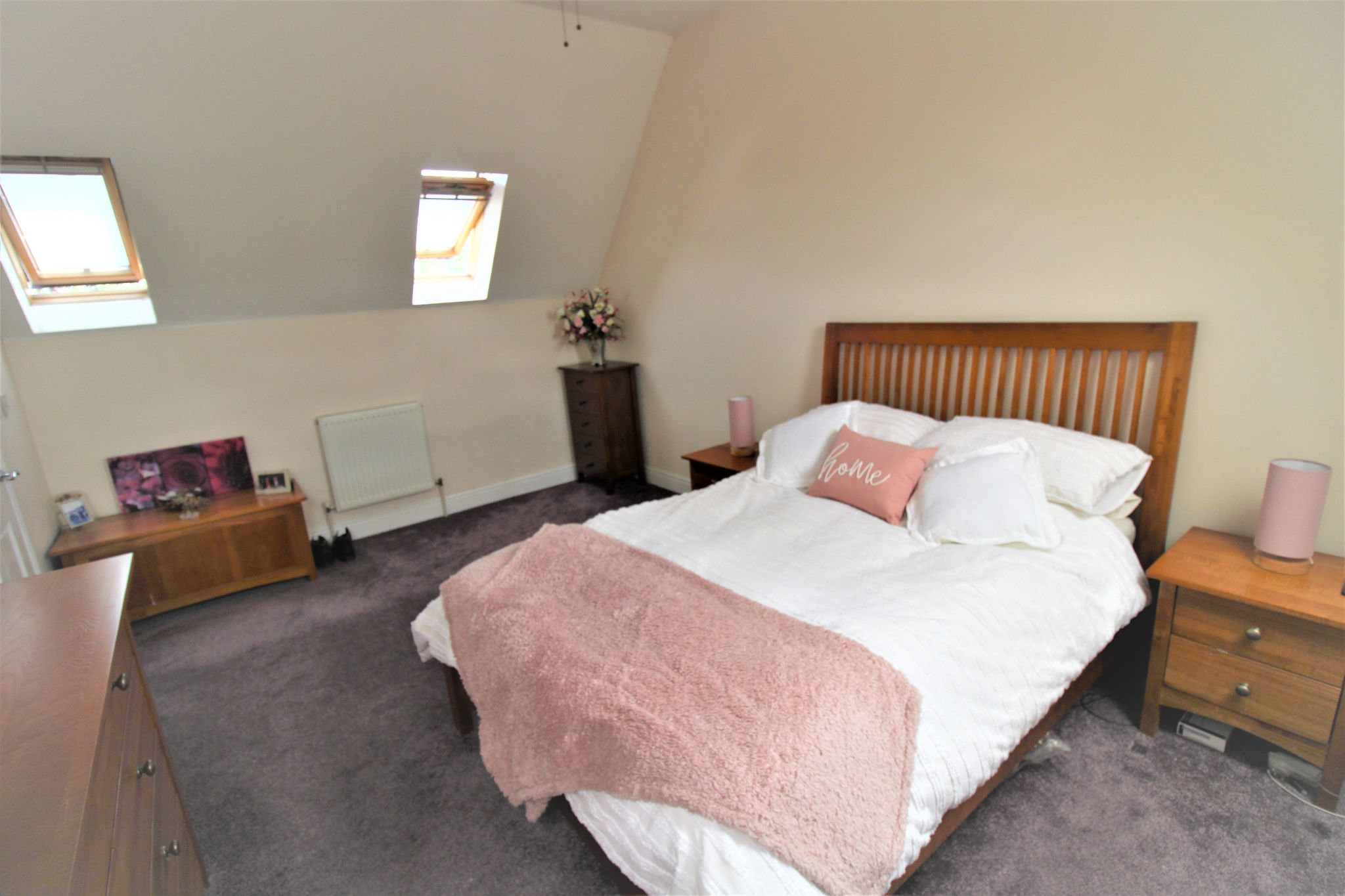 5 Bedroom Detached House For Sale - Bedroom 1